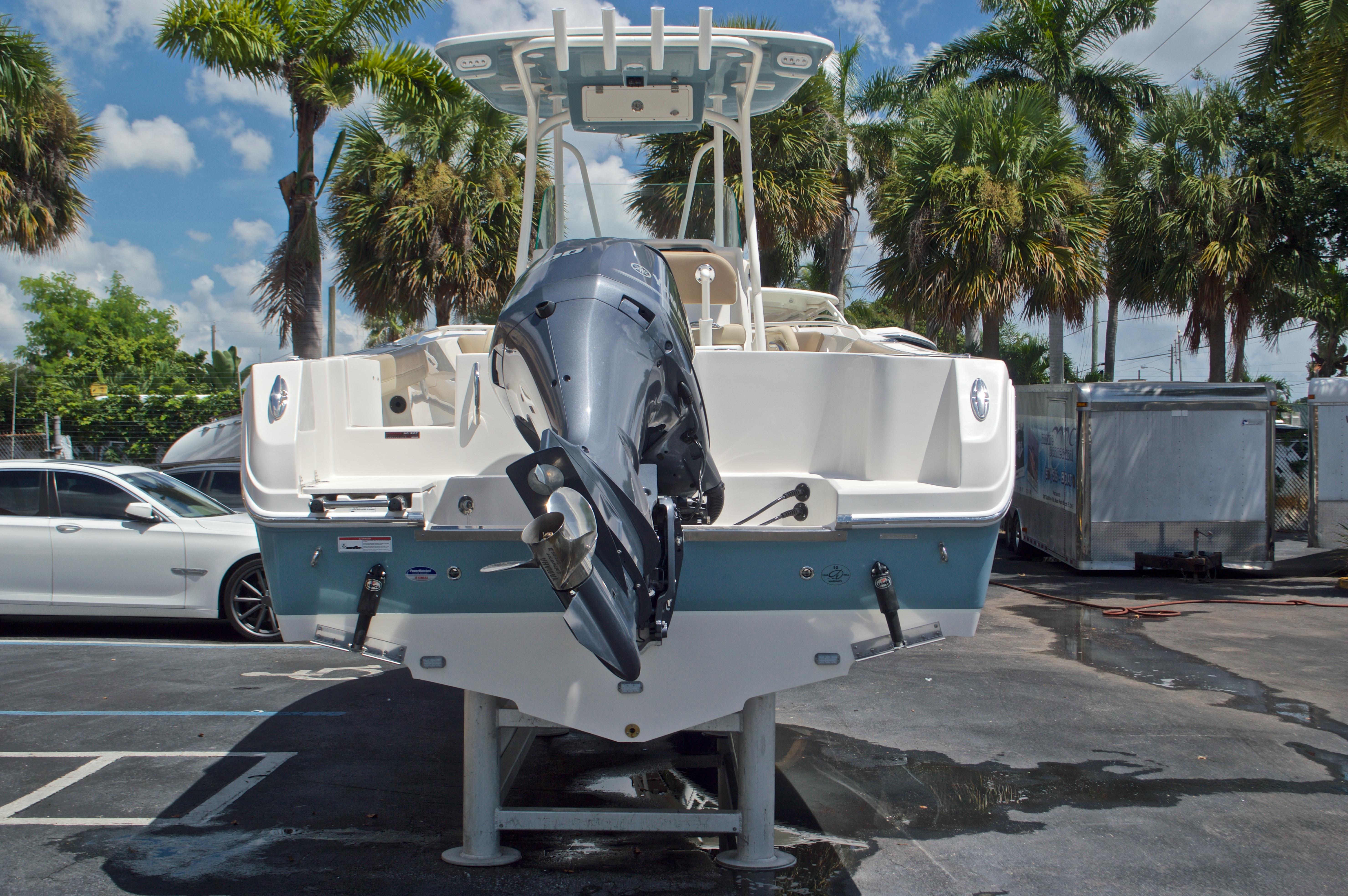Thumbnail 6 for New 2017 Sailfish 240 CC Center Console boat for sale in Miami, FL