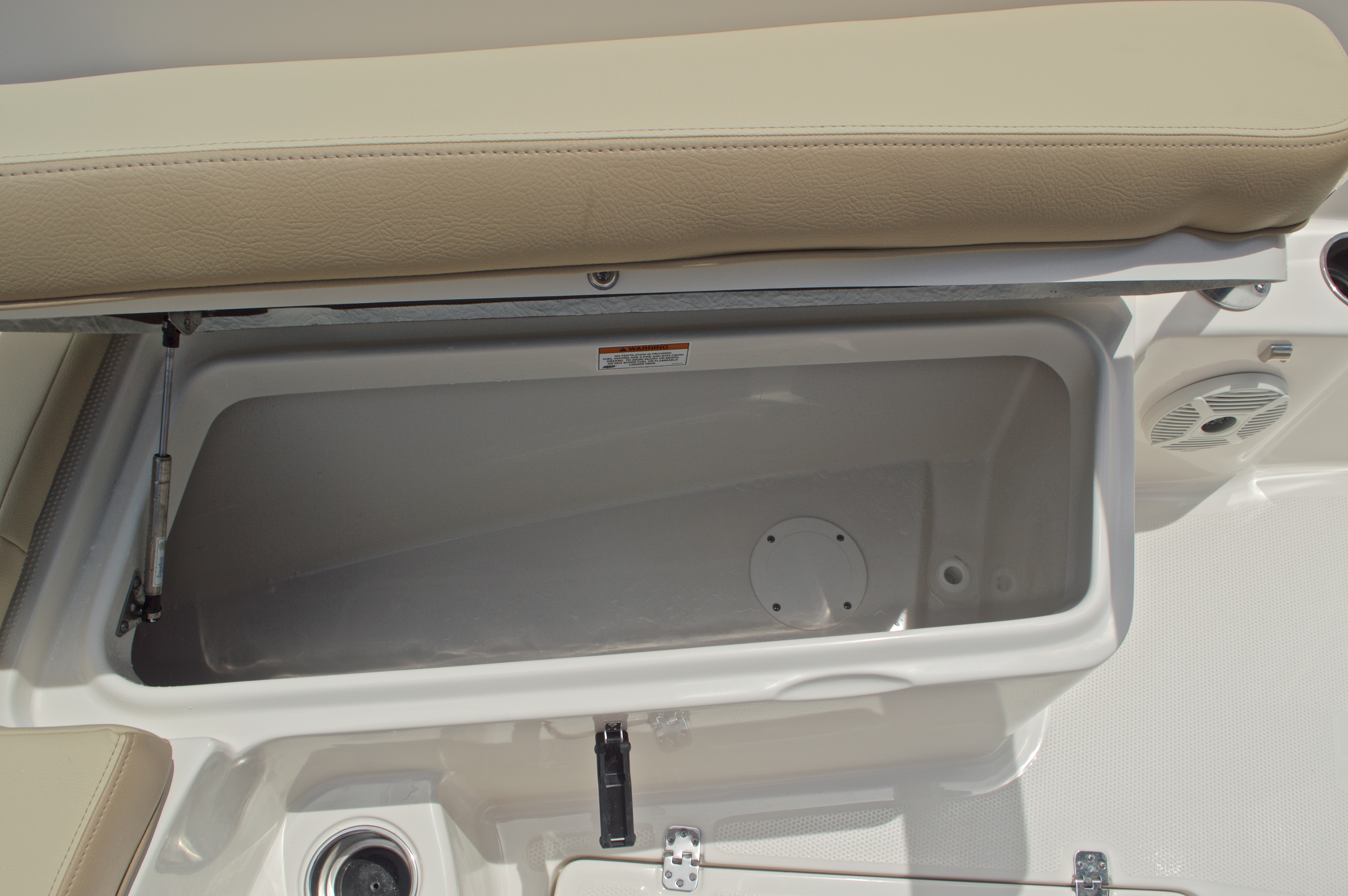 Thumbnail 51 for New 2017 Sailfish 240 CC Center Console boat for sale in Miami, FL
