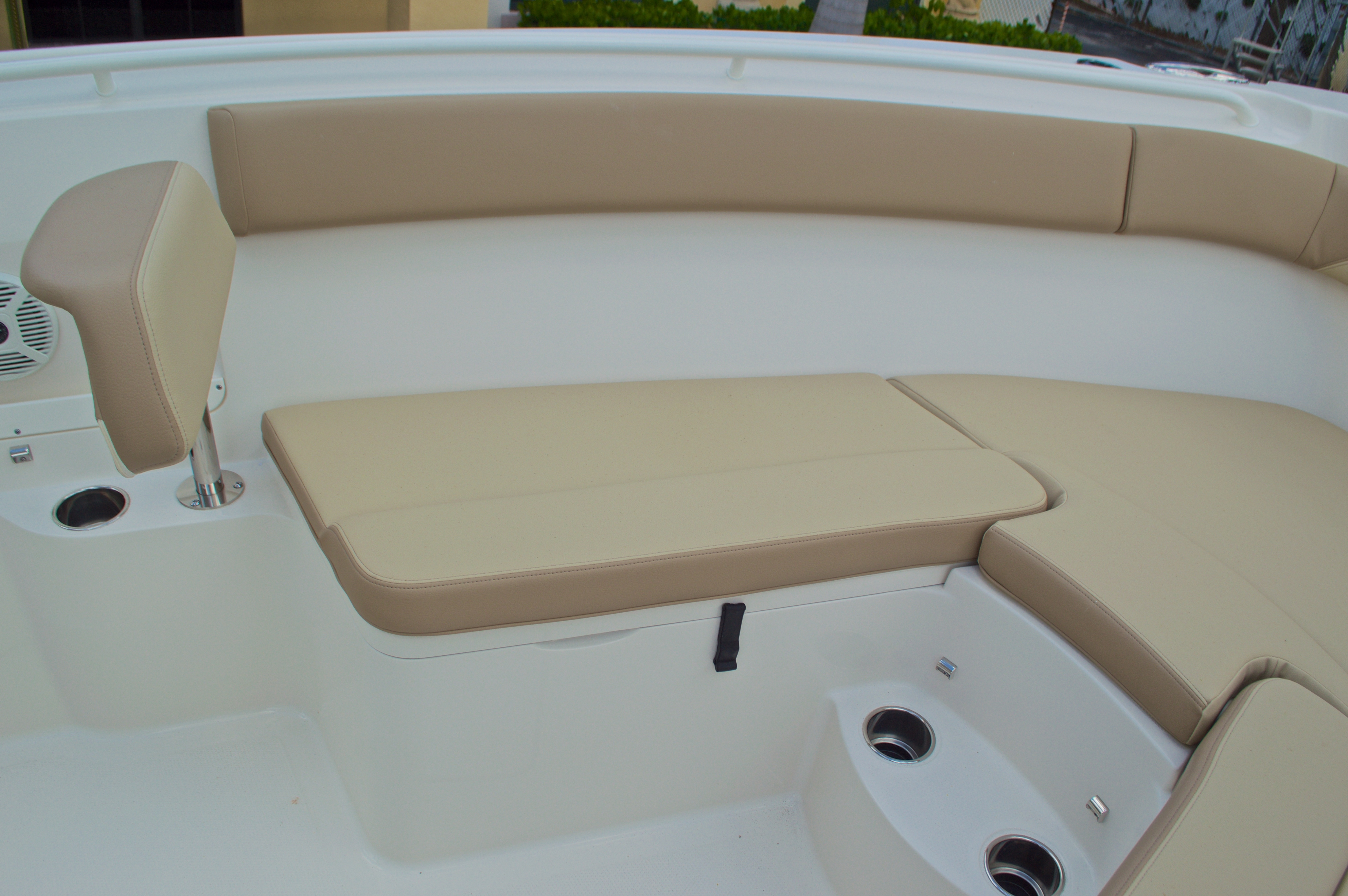 Thumbnail 49 for New 2017 Sailfish 290 CC Center Console boat for sale in Miami, FL