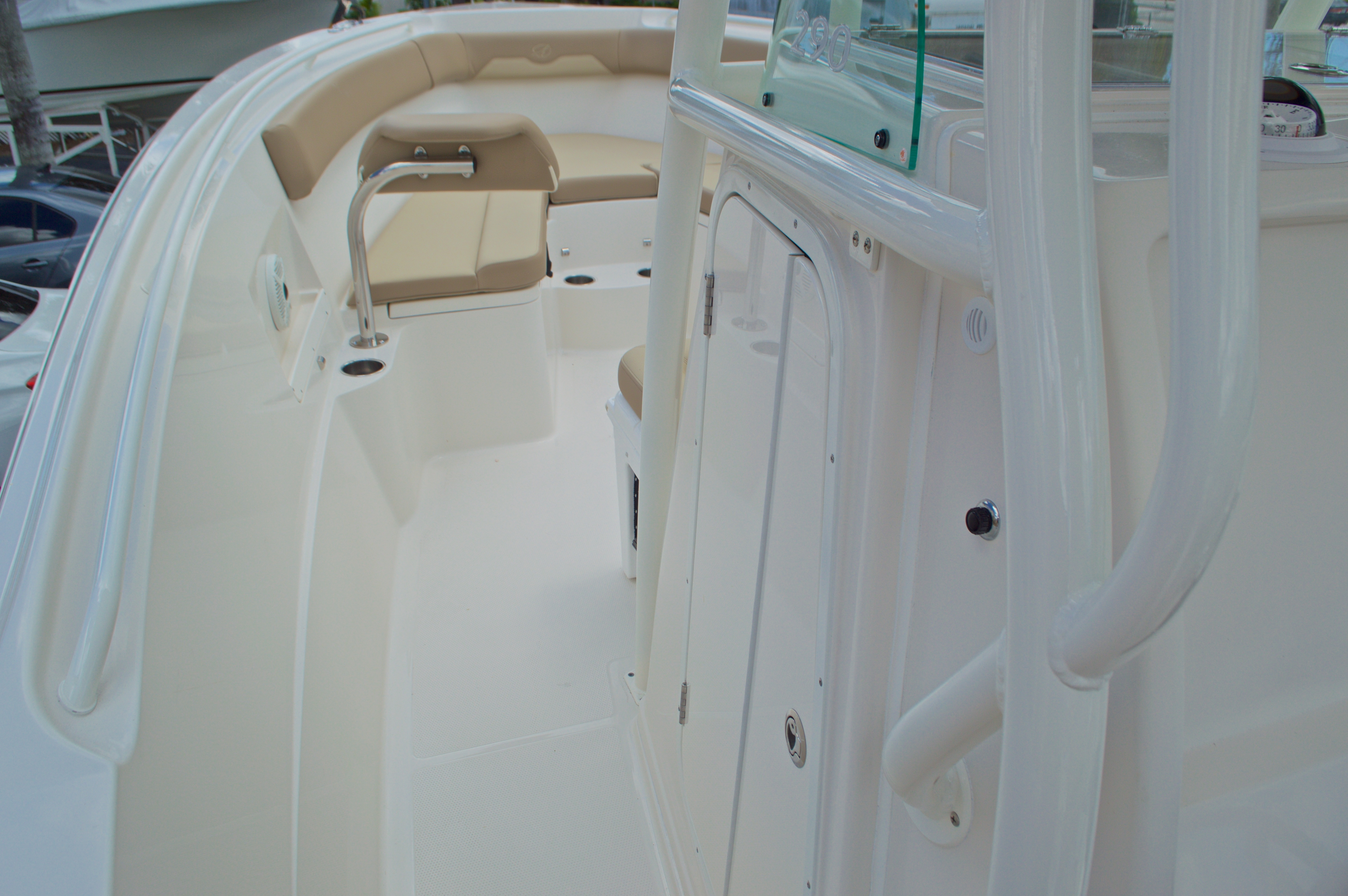 Thumbnail 42 for New 2017 Sailfish 290 CC Center Console boat for sale in Miami, FL