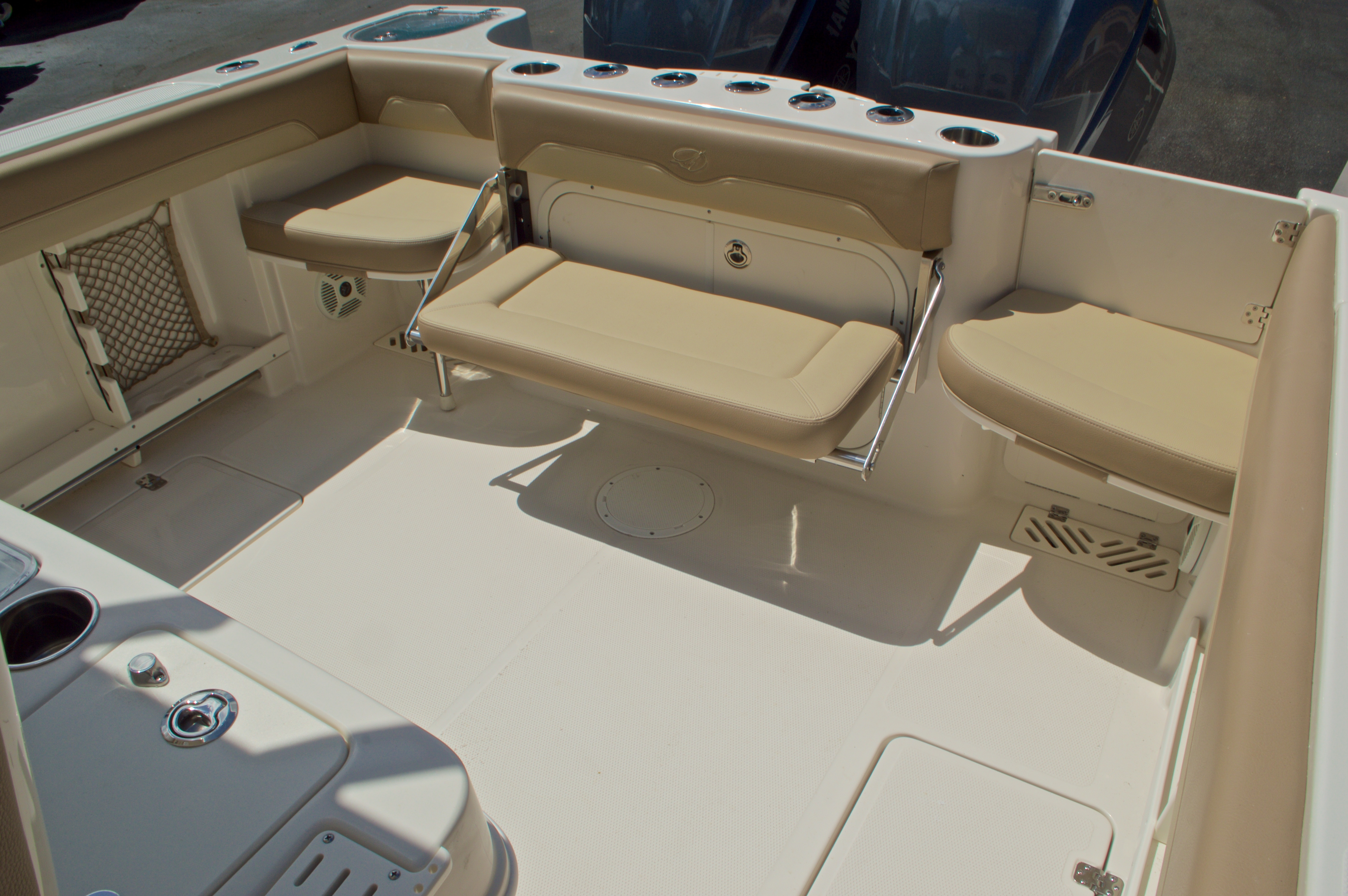 Thumbnail 12 for New 2017 Sailfish 290 CC Center Console boat for sale in Miami, FL