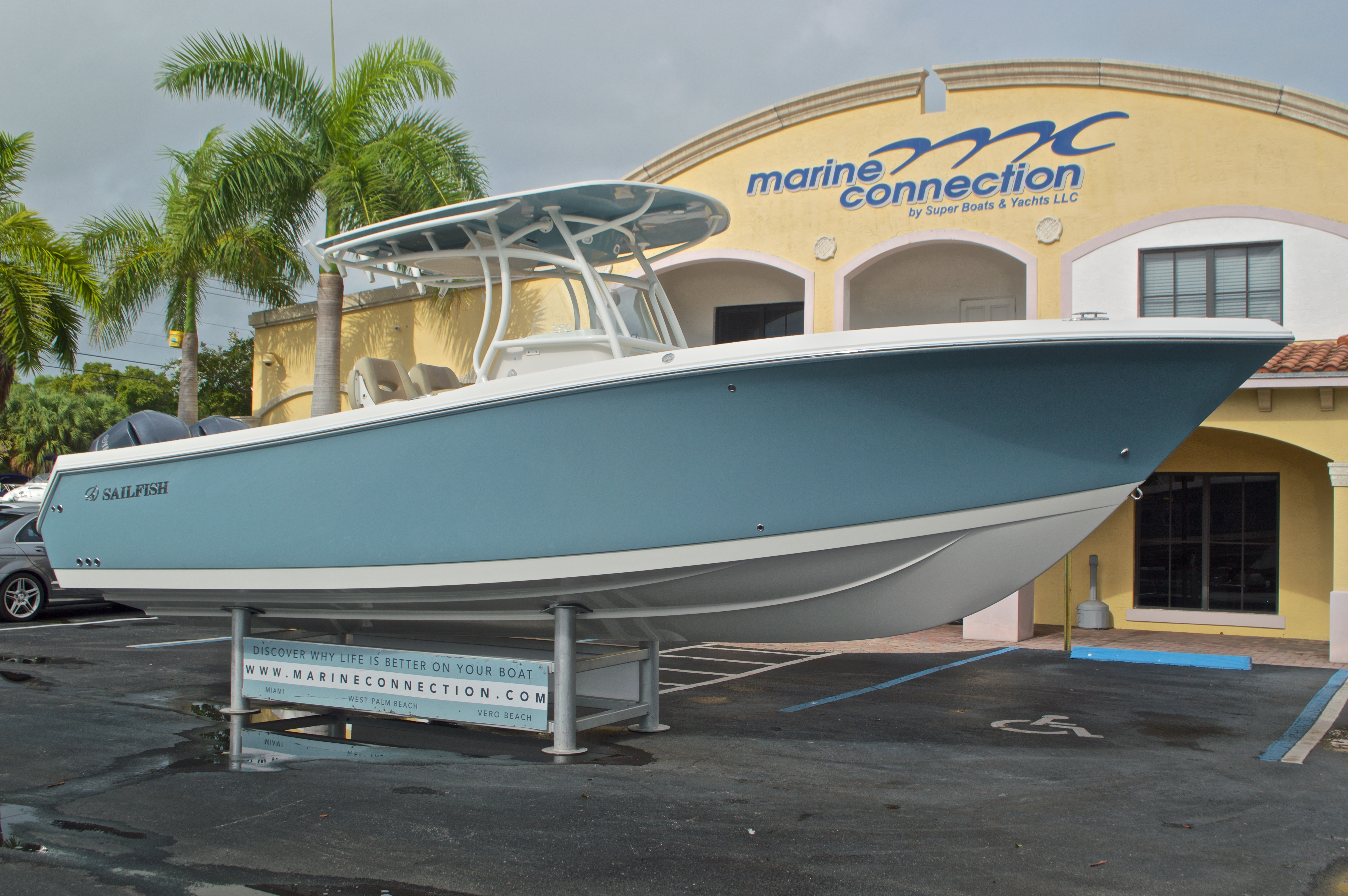 Thumbnail 1 for New 2017 Sailfish 290 CC Center Console boat for sale in Miami, FL