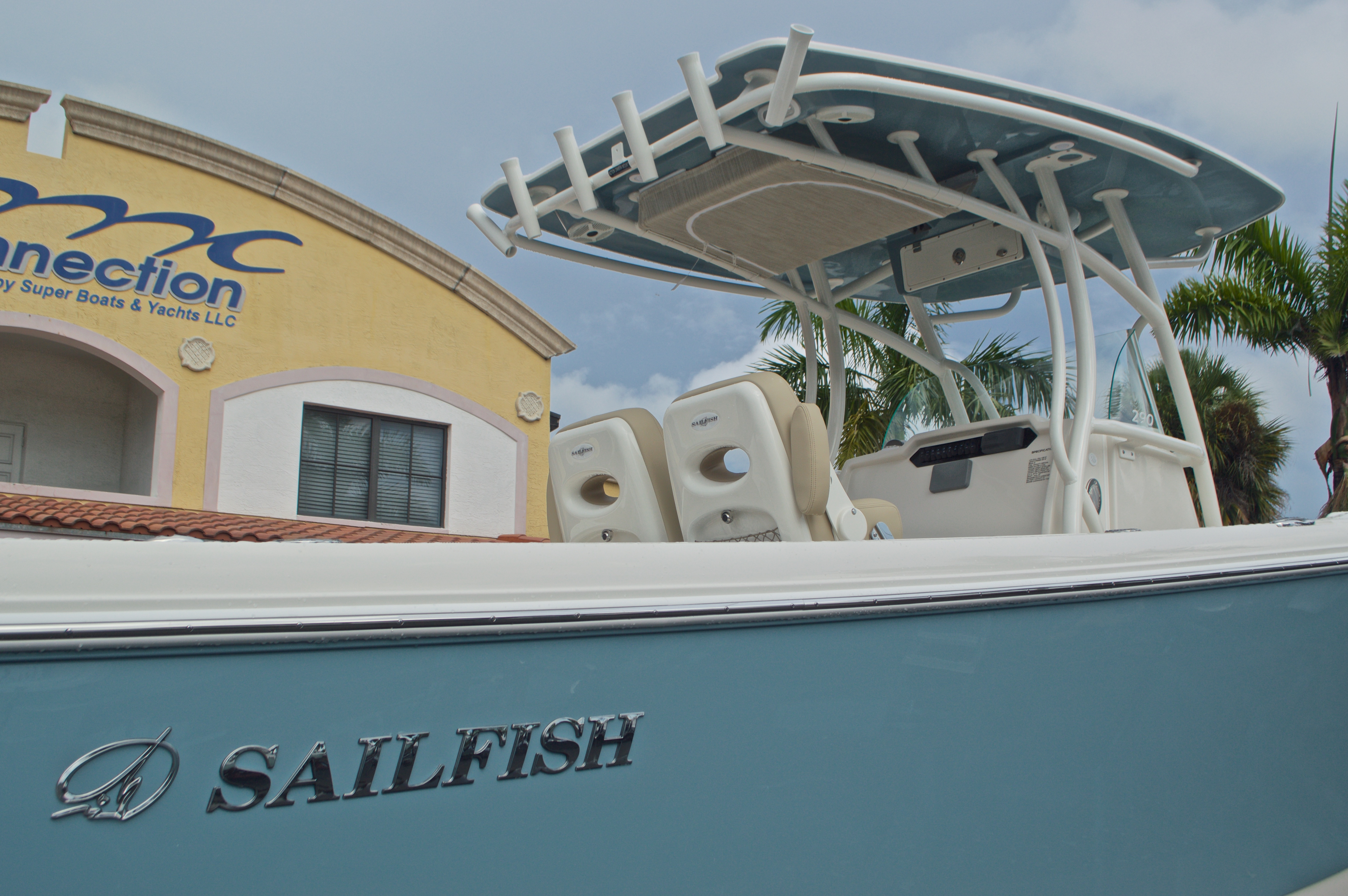 Thumbnail 9 for New 2017 Sailfish 290 CC Center Console boat for sale in Miami, FL