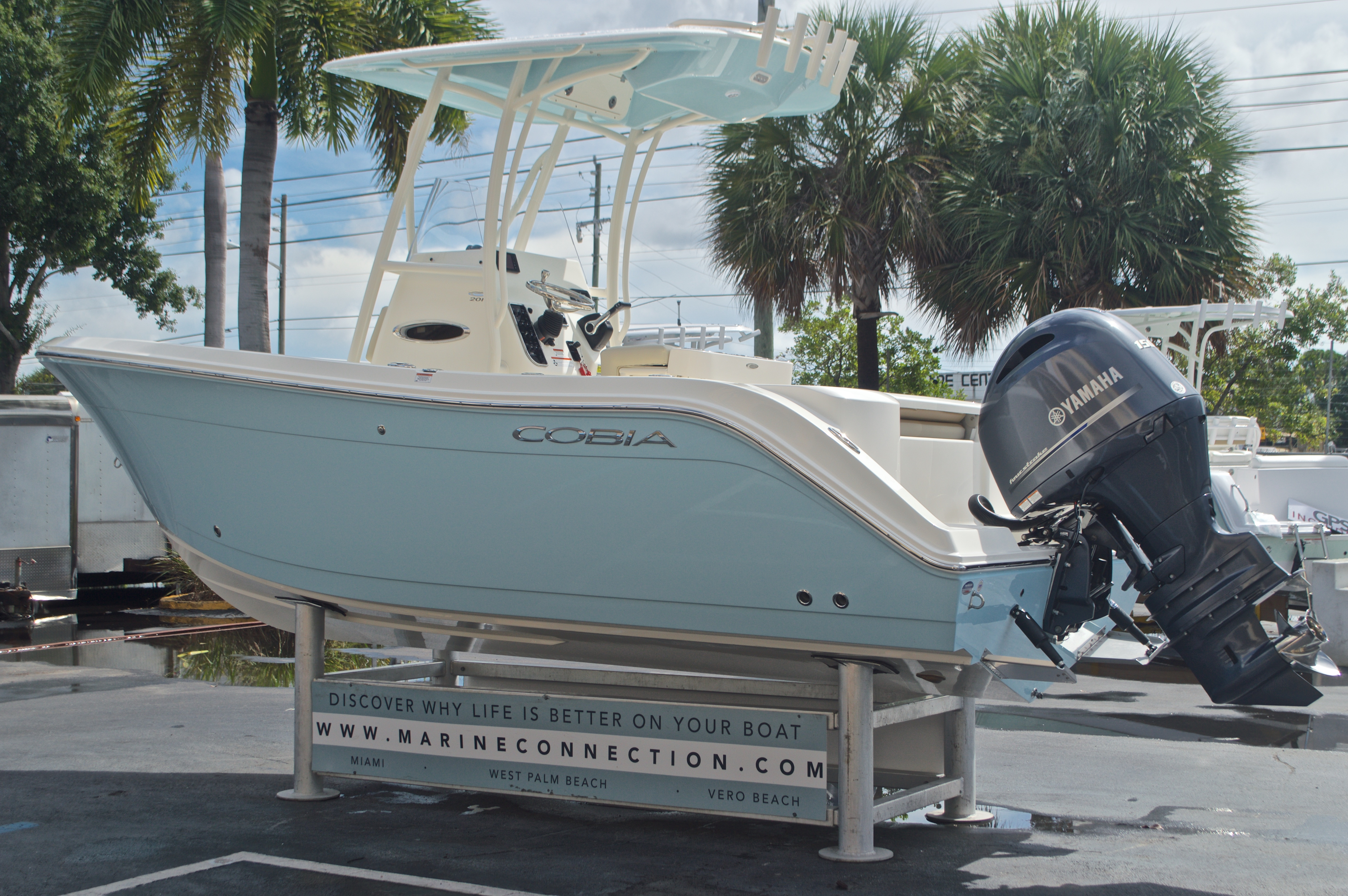 Thumbnail 5 for New 2017 Cobia 201 Center Console boat for sale in West Palm Beach, FL