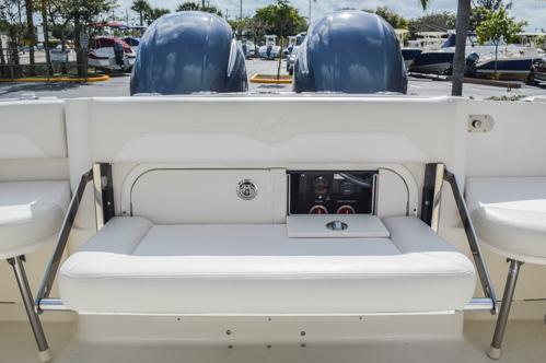 Thumbnail 30 for Used 2015 Sailfish 270 WAC Walk Around boat for sale in Miami, FL