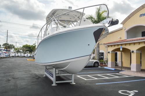 Thumbnail 1 for Used 2015 Sailfish 270 WAC Walk Around boat for sale in Miami, FL