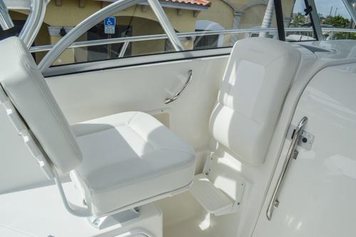 Thumbnail 51 for Used 2015 Sailfish 270 WAC Walk Around boat for sale in Miami, FL