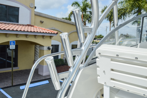 Thumbnail 52 for Used 2015 Sailfish 270 WAC Walk Around boat for sale in Miami, FL