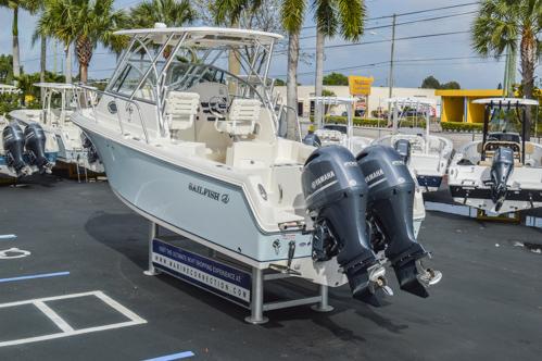 Thumbnail 11 for Used 2015 Sailfish 270 WAC Walk Around boat for sale in Miami, FL