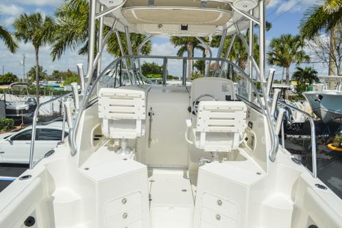 Thumbnail 14 for Used 2015 Sailfish 270 WAC Walk Around boat for sale in Miami, FL
