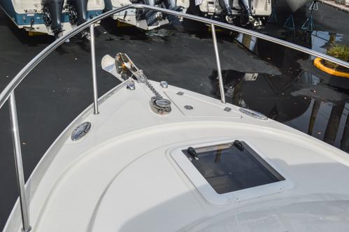 Thumbnail 61 for Used 2015 Sailfish 270 WAC Walk Around boat for sale in Miami, FL