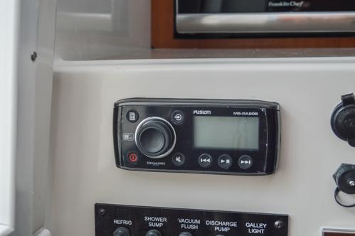 Thumbnail 84 for Used 2015 Sailfish 270 WAC Walk Around boat for sale in Miami, FL
