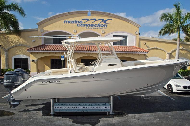 New 2017 Cobia 296 Center Console boat for sale in Miami, FL