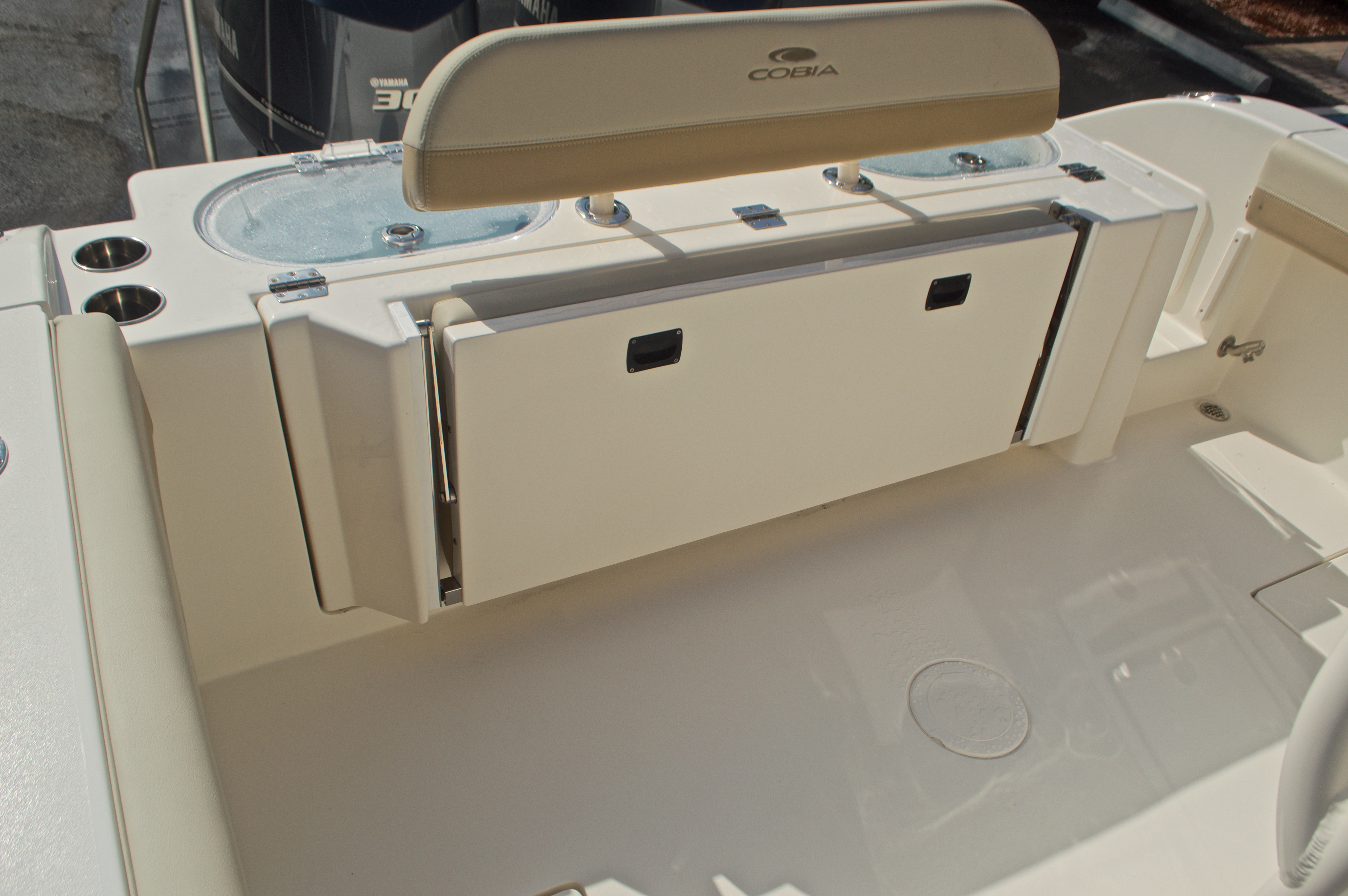 Thumbnail 10 for New 2017 Cobia 296 Center Console boat for sale in Miami, FL