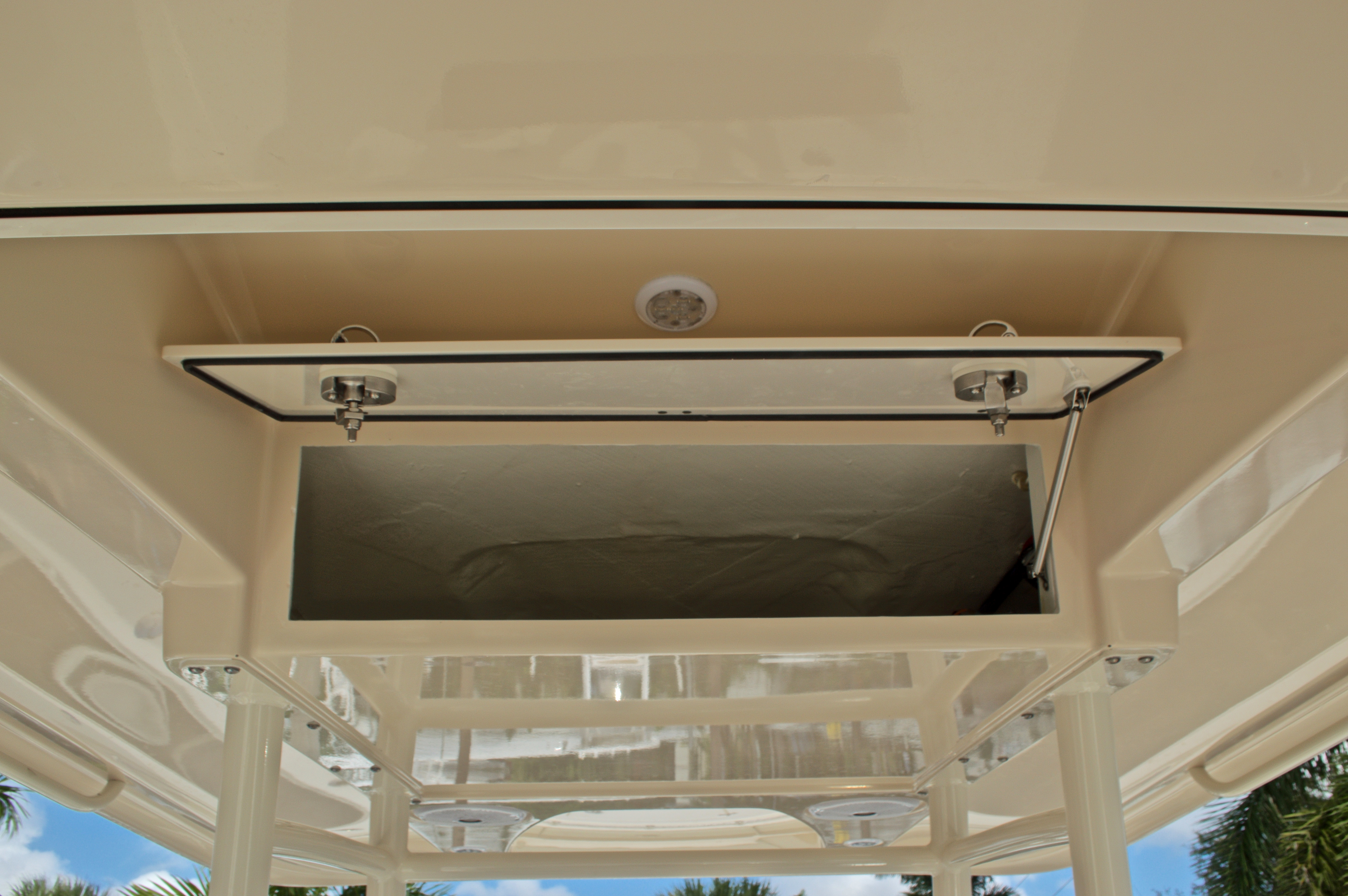 Thumbnail 37 for New 2017 Cobia 296 Center Console boat for sale in Miami, FL
