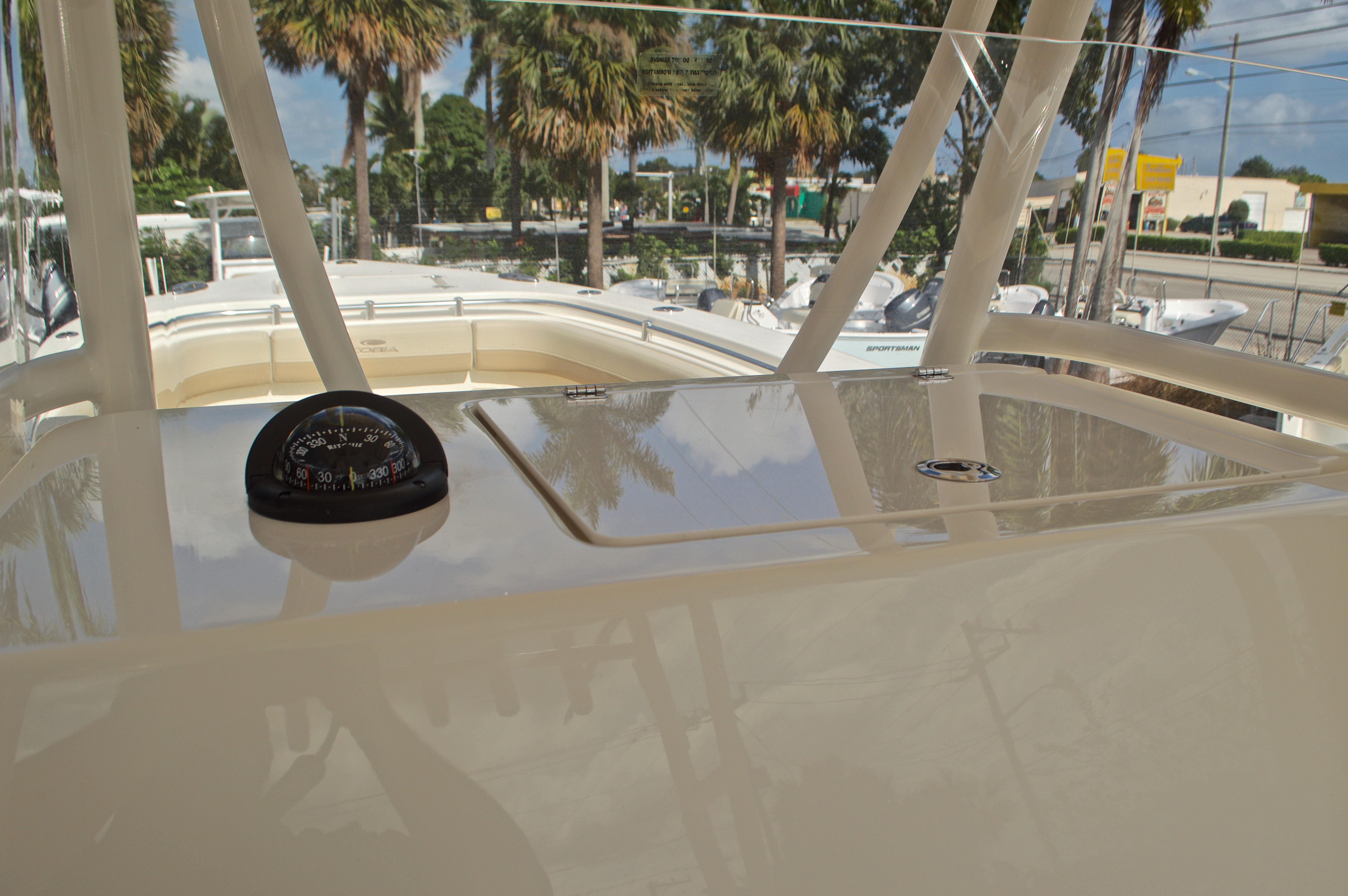 Thumbnail 40 for New 2017 Cobia 296 Center Console boat for sale in Miami, FL