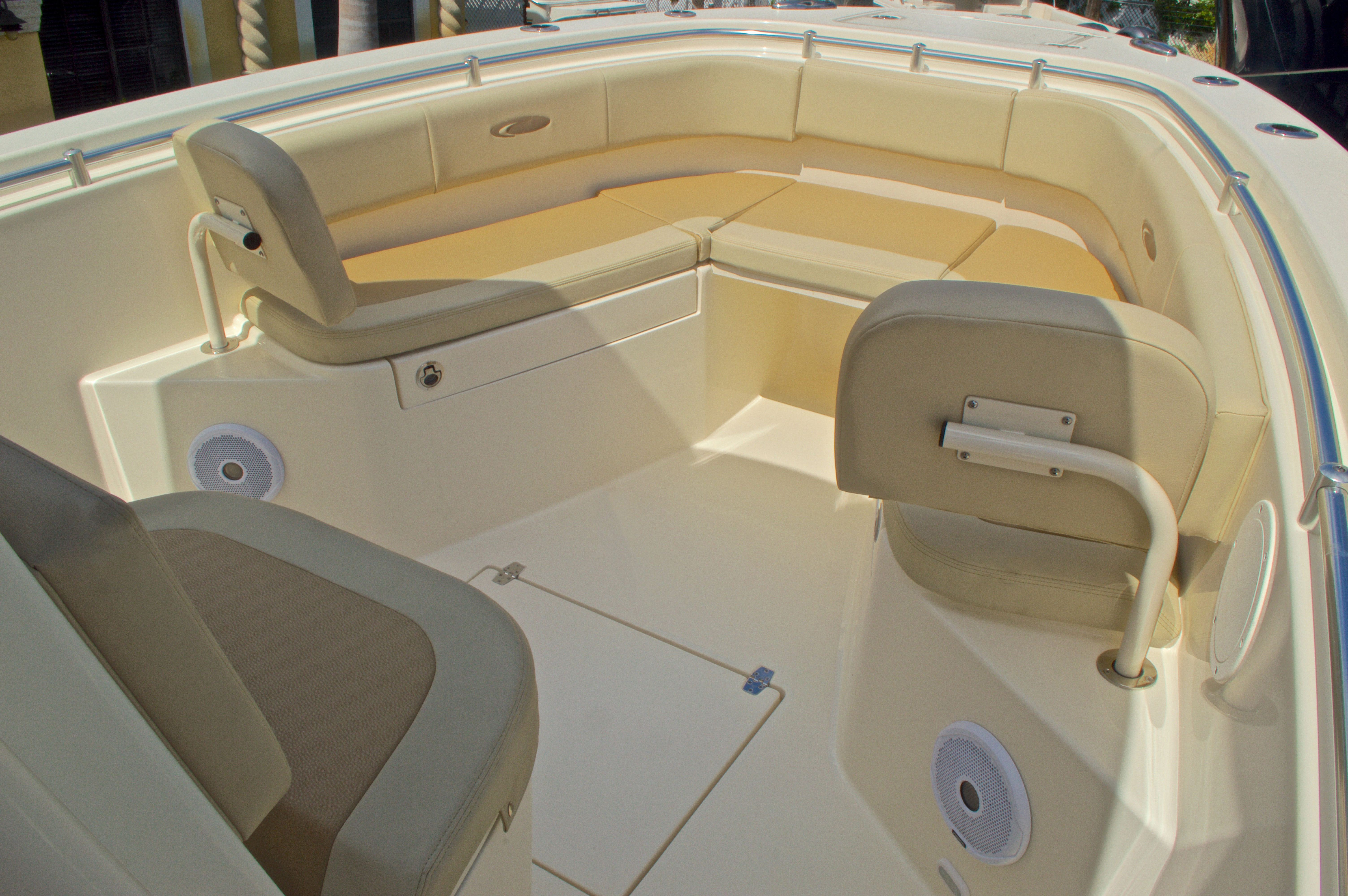 Thumbnail 48 for New 2017 Cobia 261 Center Console boat for sale in Miami, FL