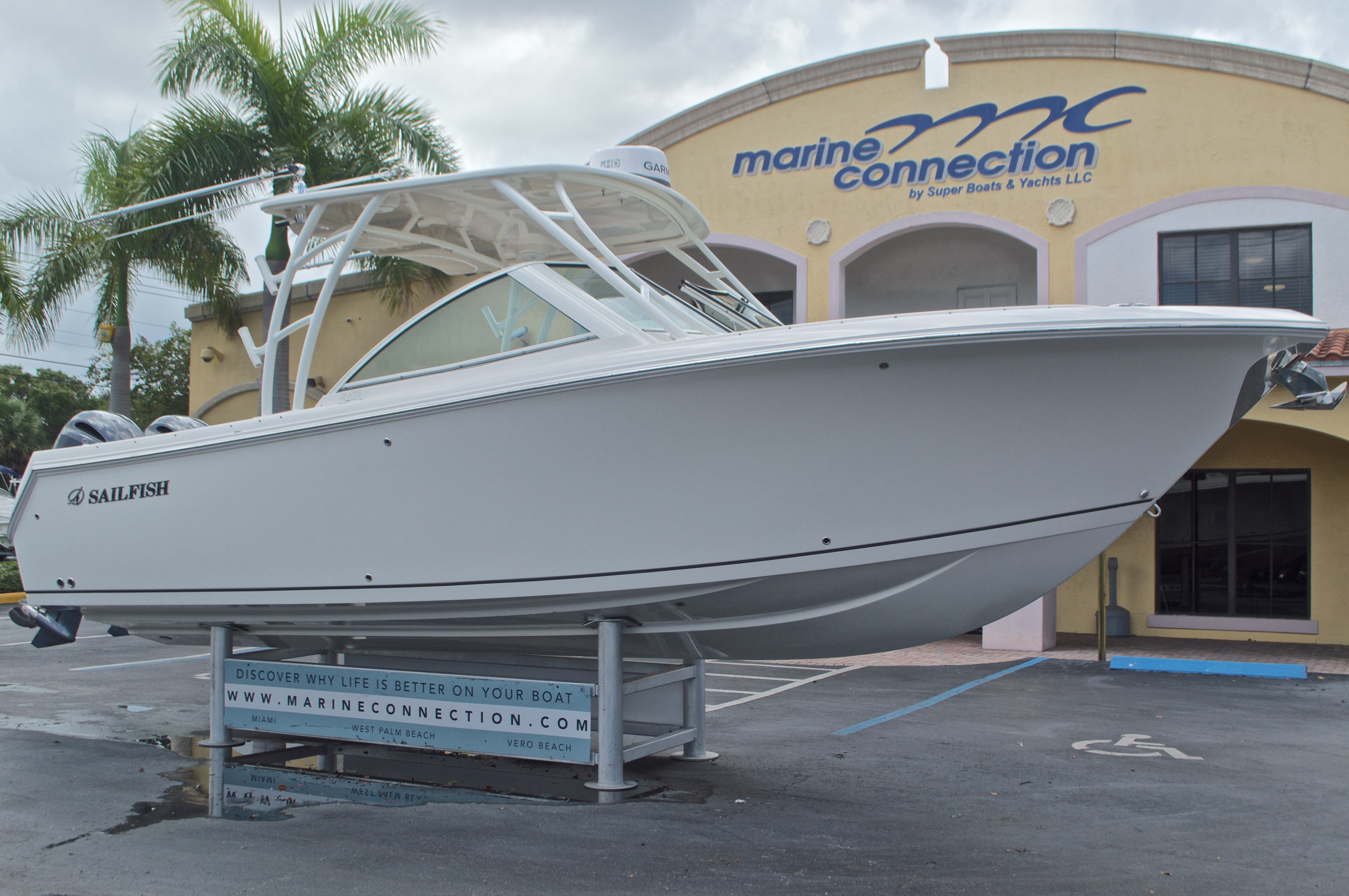 Thumbnail 1 for Used 2016 Sailfish 275 Dual Console boat for sale in West Palm Beach, FL