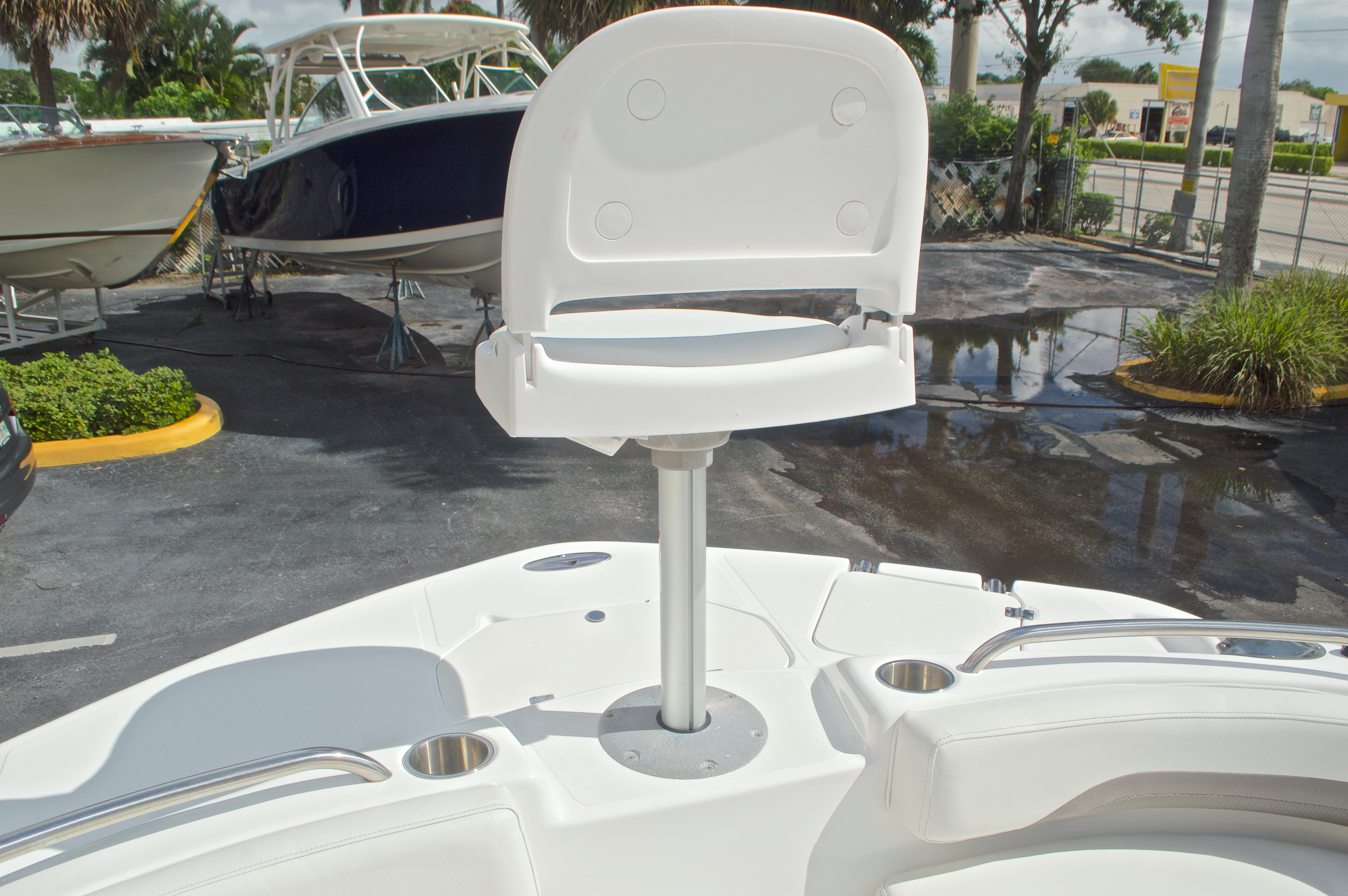Thumbnail 54 for Used 2014 Hurricane Sundeck Sport SS 231 OB boat for sale in West Palm Beach, FL
