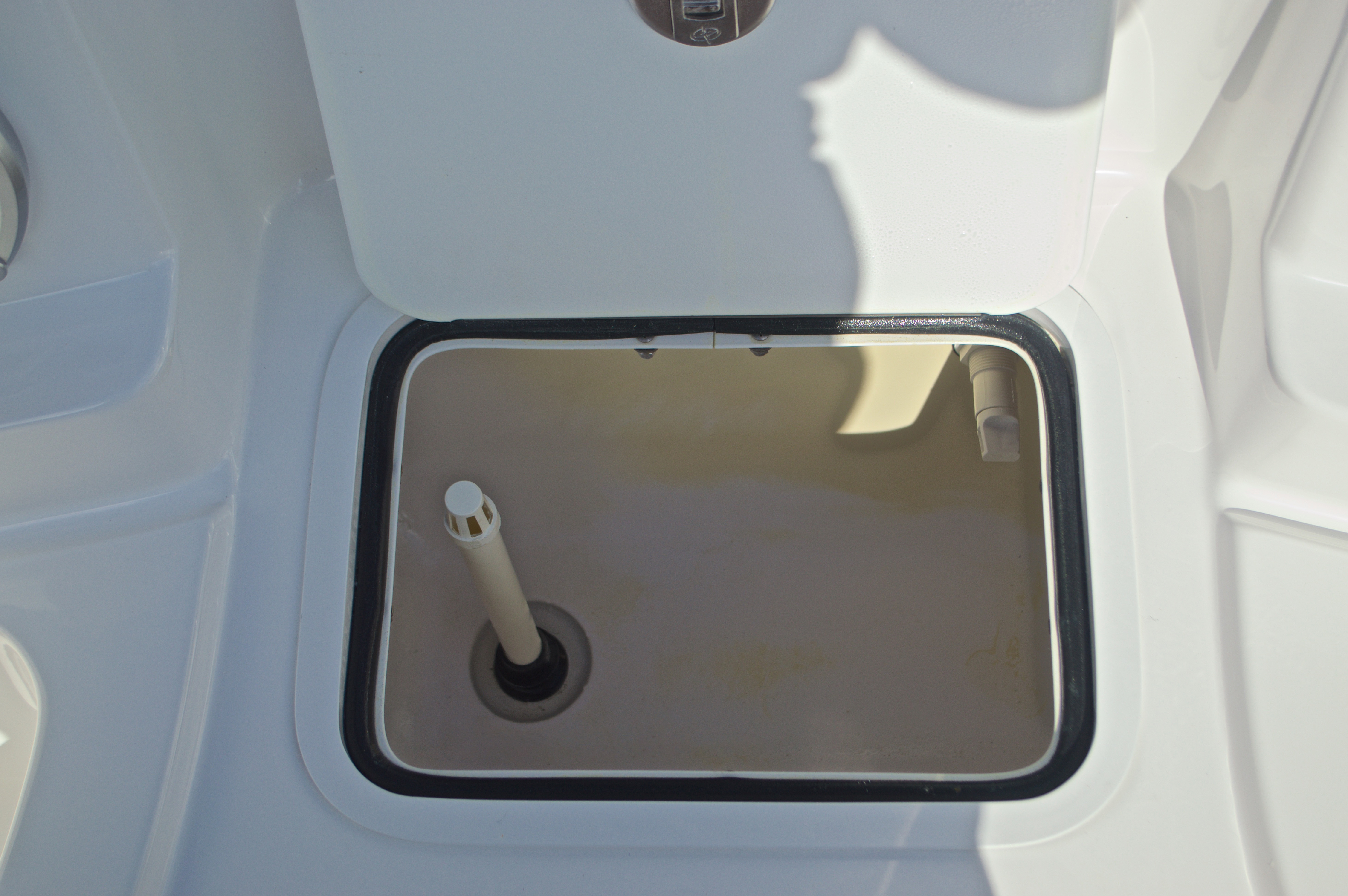Thumbnail 50 for New 2017 Hurricane SunDeck SD 2400 OB boat for sale in West Palm Beach, FL