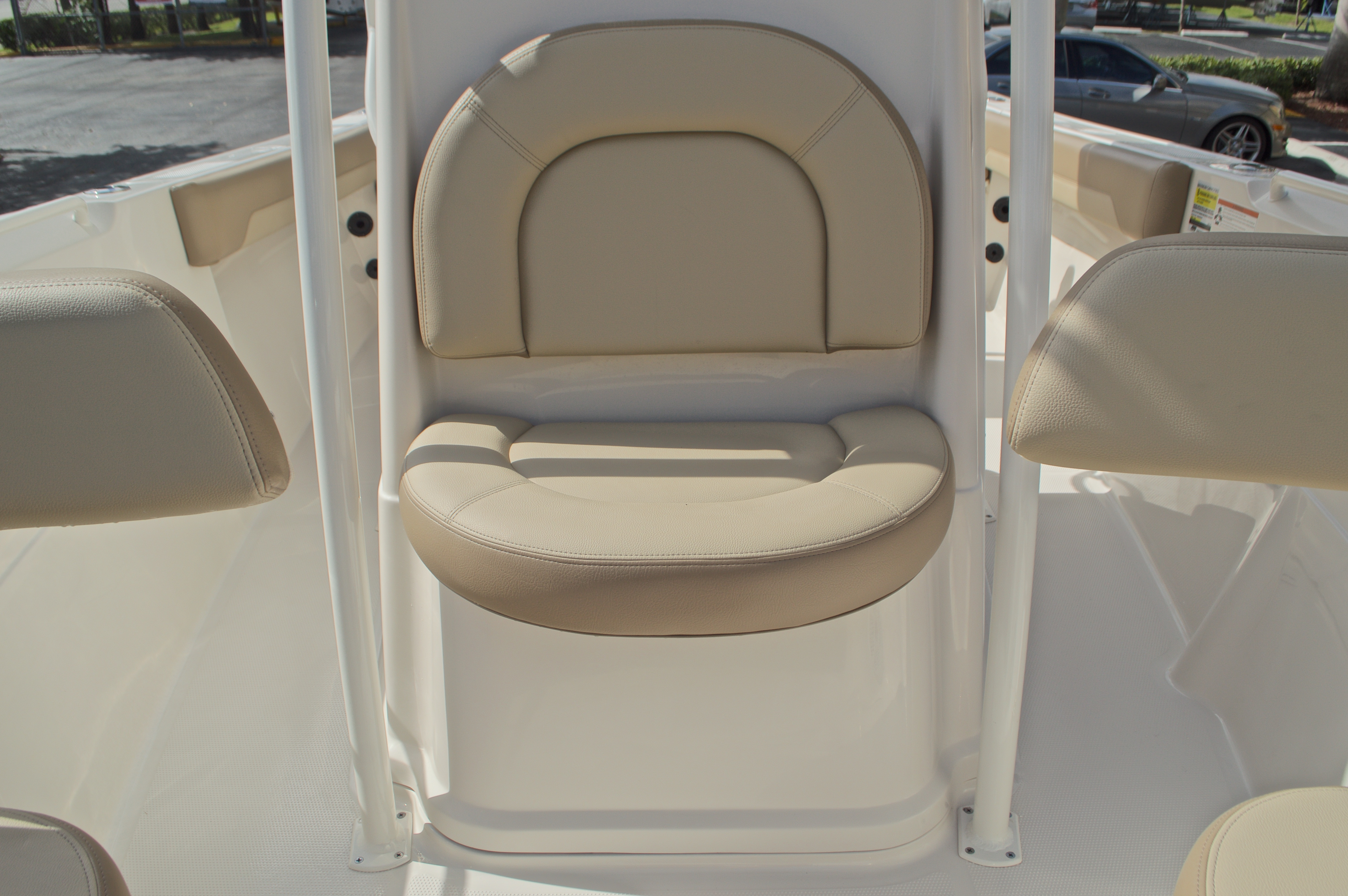Thumbnail 39 for New 2017 Sailfish 220 CC Center Console boat for sale in Miami, FL