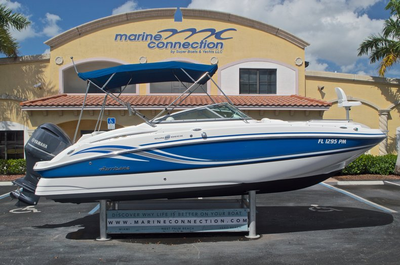 Photo for 2013 Hurricane SunDeck SD 2400 OB