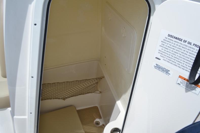 Thumbnail 16 for New 2017 Sailfish 220 CC Center Console boat for sale in Vero Beach, FL