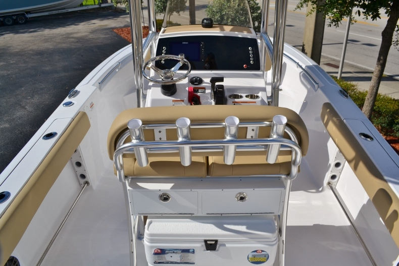 Thumbnail 7 for New 2017 Sportsman Open 212 Center Console boat for sale in Vero Beach, FL