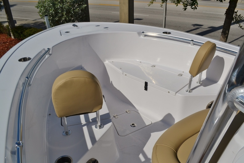 Thumbnail 10 for New 2017 Sportsman Open 212 Center Console boat for sale in Vero Beach, FL