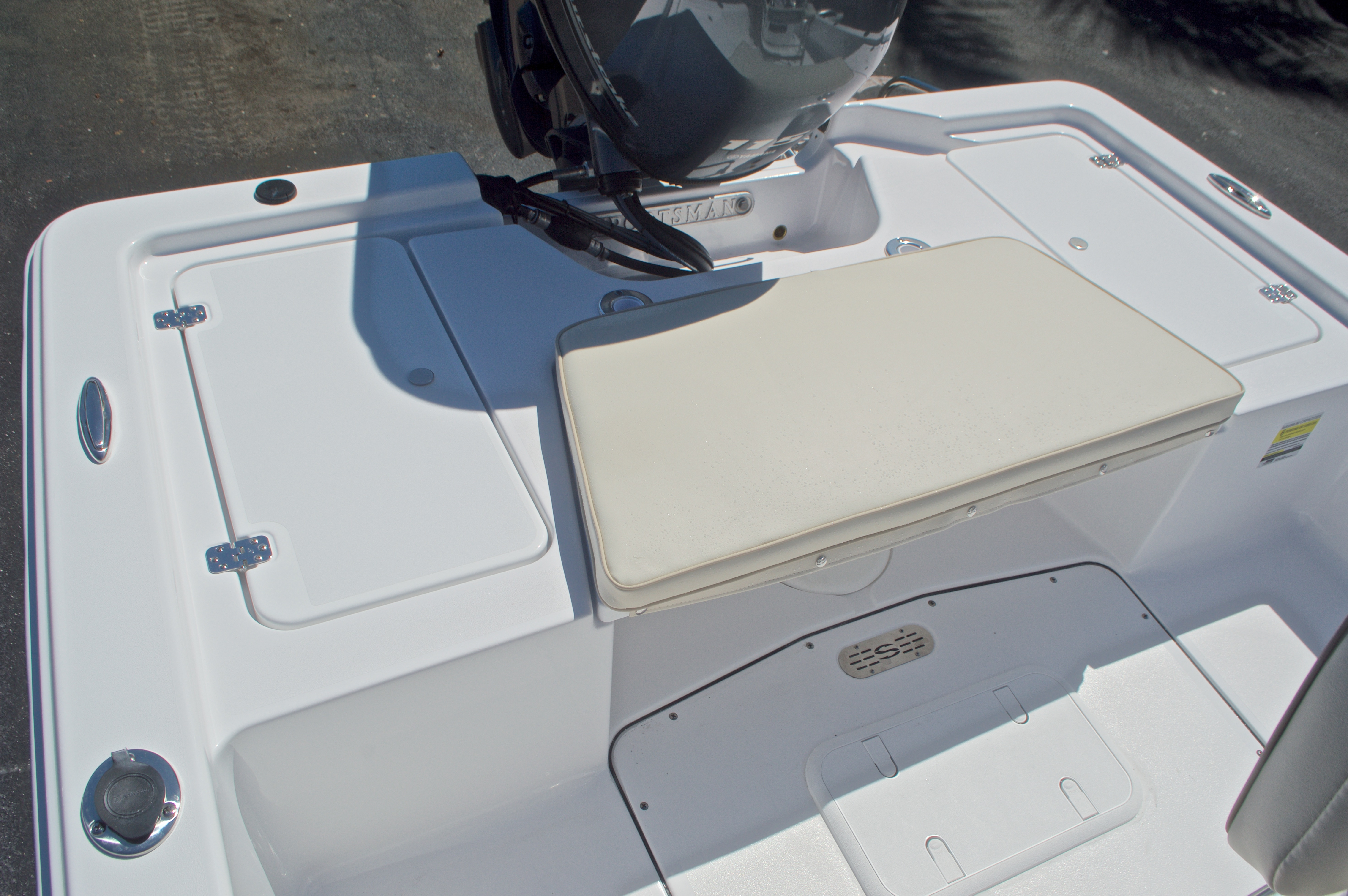 Thumbnail 11 for New 2017 Sportsman 20 Island Bay boat for sale in Vero Beach, FL