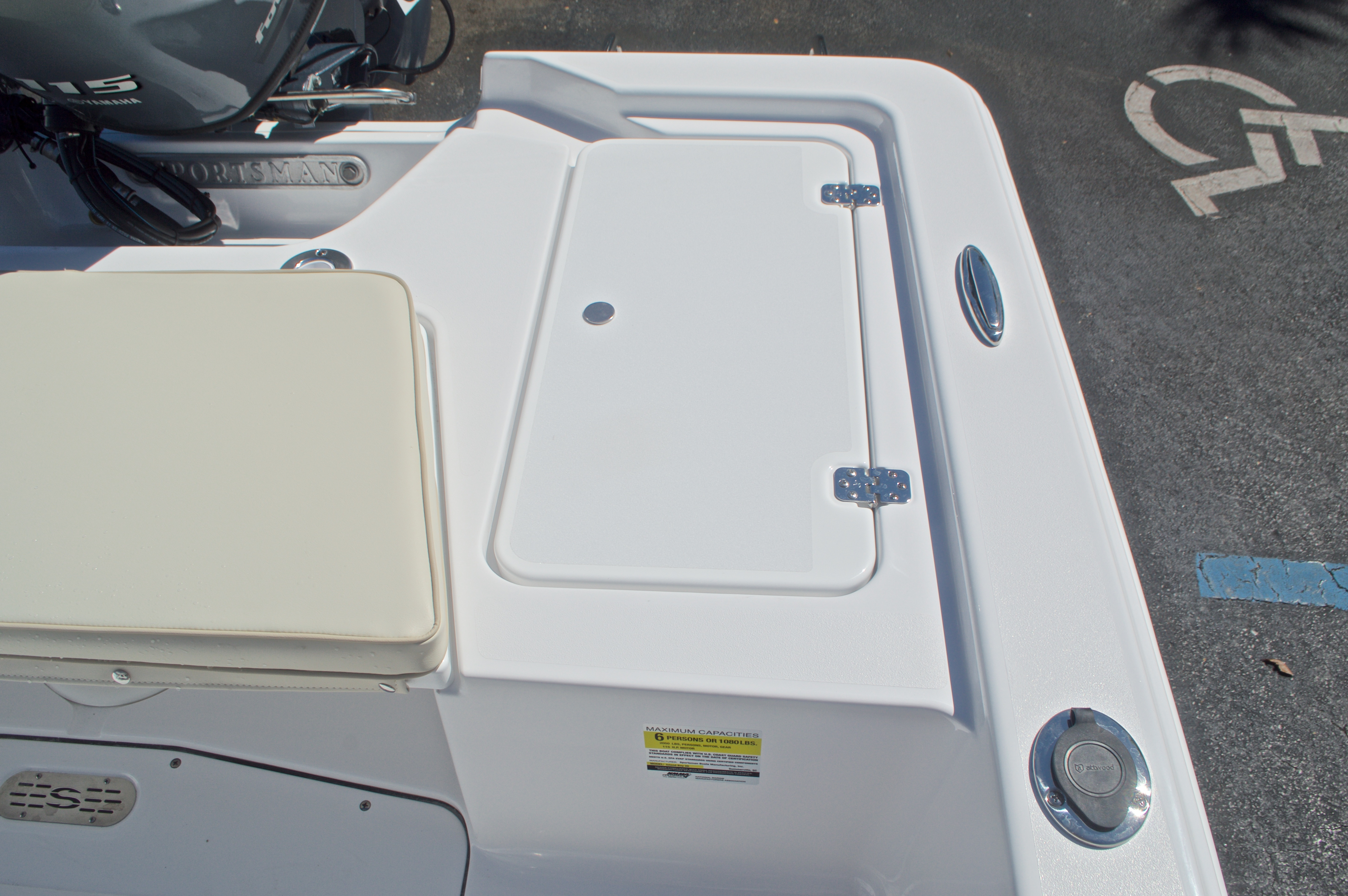 Thumbnail 14 for New 2017 Sportsman 20 Island Bay boat for sale in Vero Beach, FL