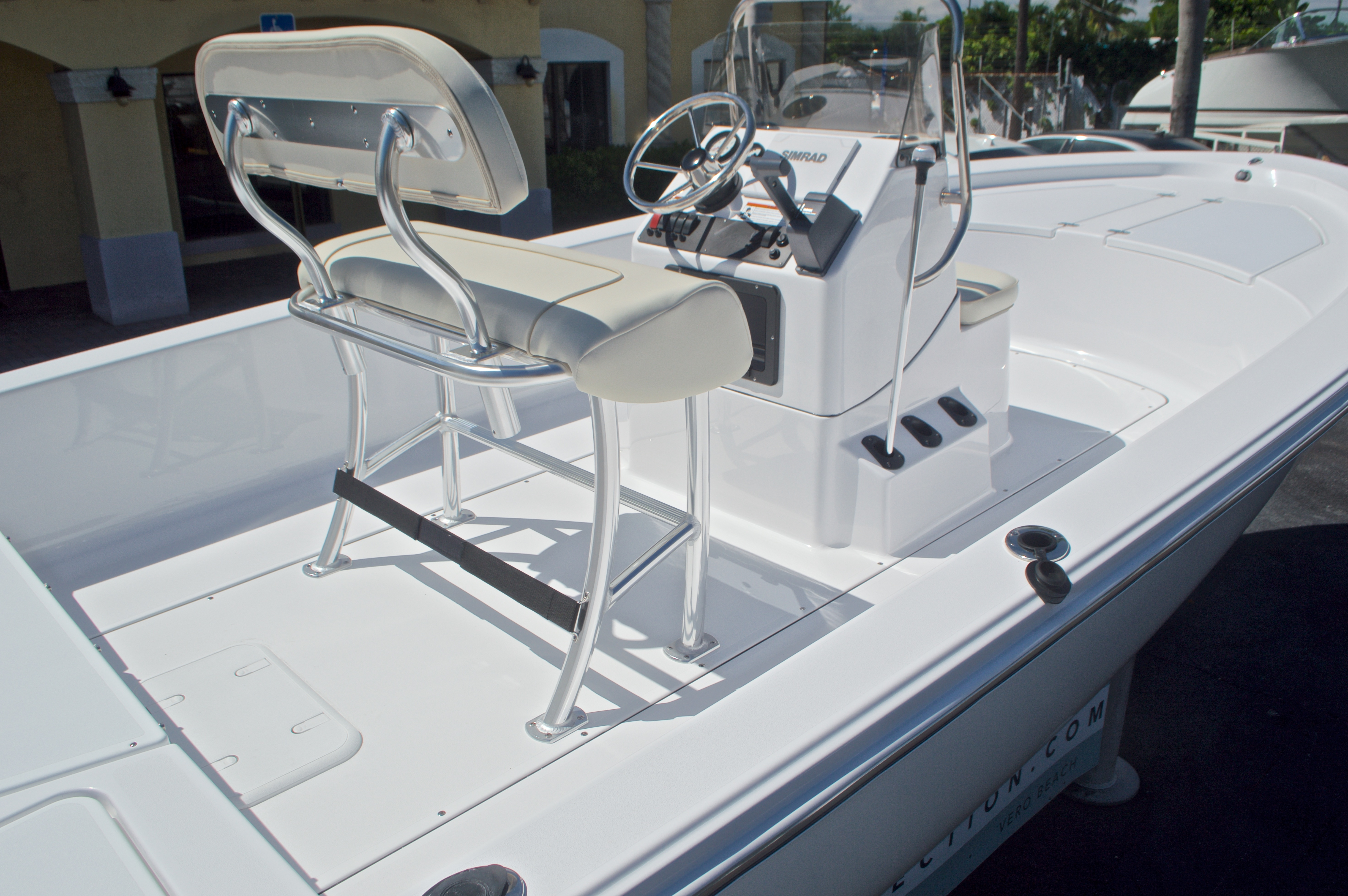 Thumbnail 8 for New 2017 Sportsman 20 Island Bay boat for sale in Vero Beach, FL