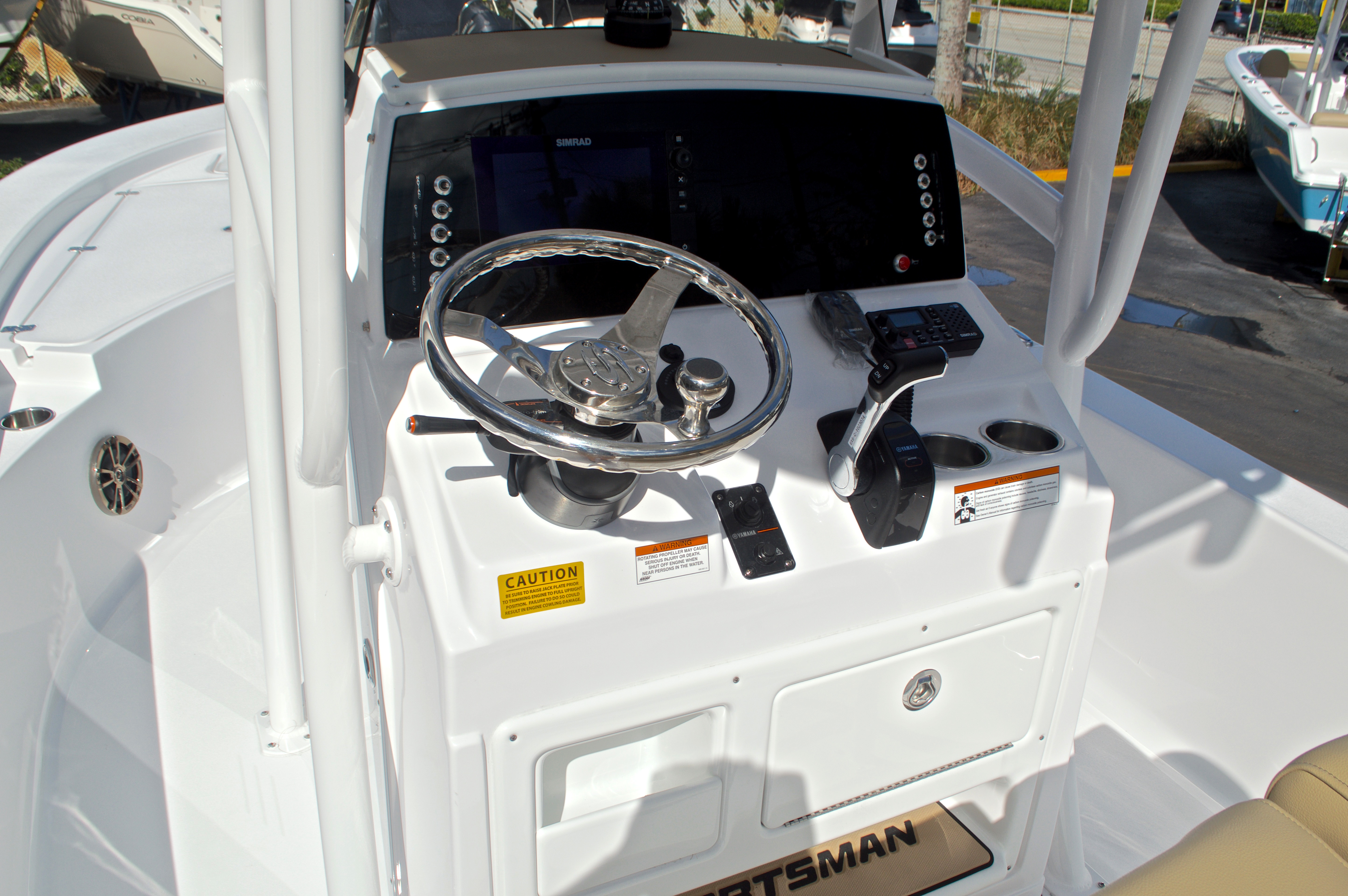 Thumbnail 27 for New 2017 Sportsman Masters 247 Bay Boat boat for sale in West Palm Beach, FL