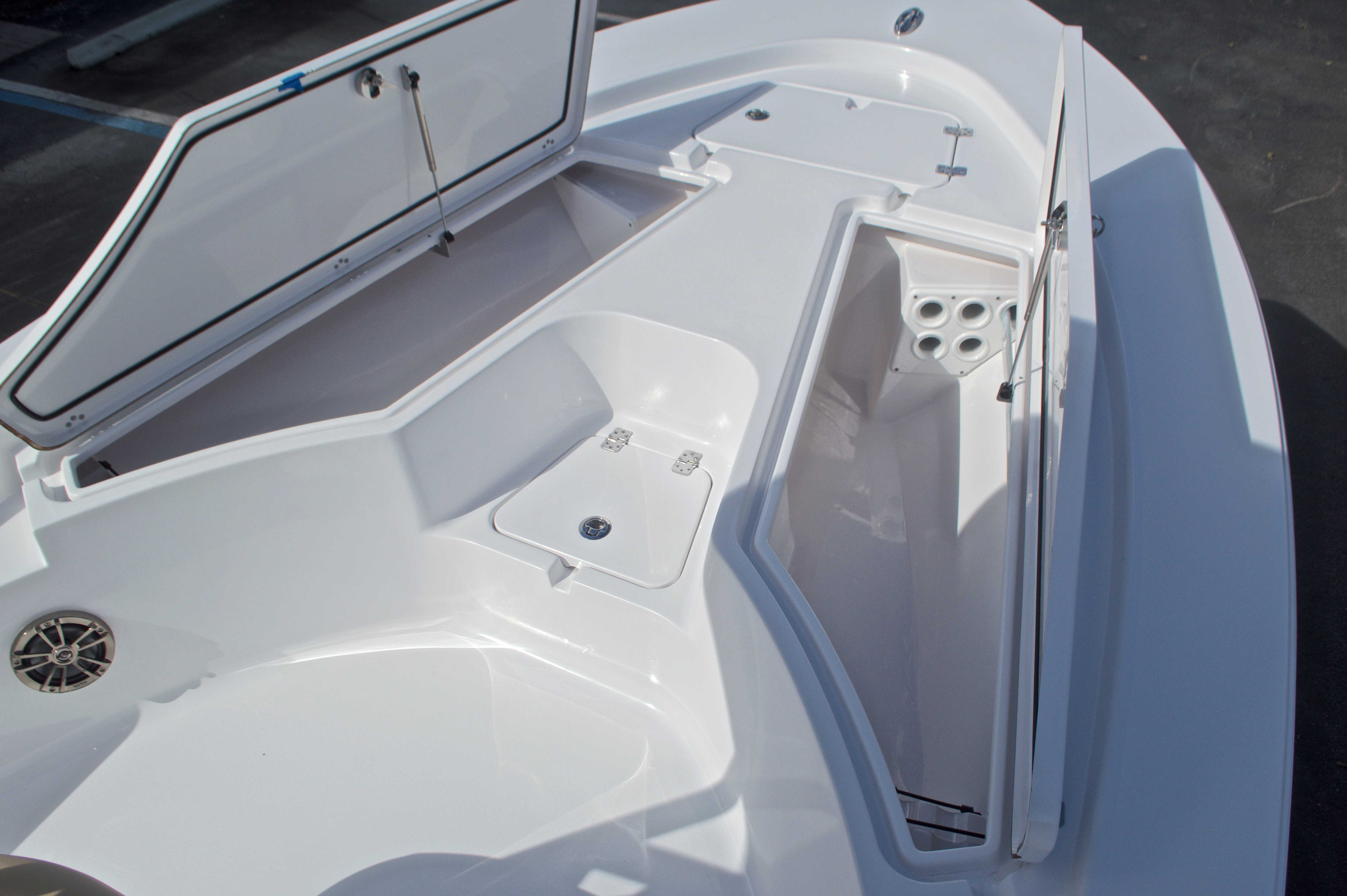 Thumbnail 47 for New 2017 Sportsman Masters 247 Bay Boat boat for sale in West Palm Beach, FL