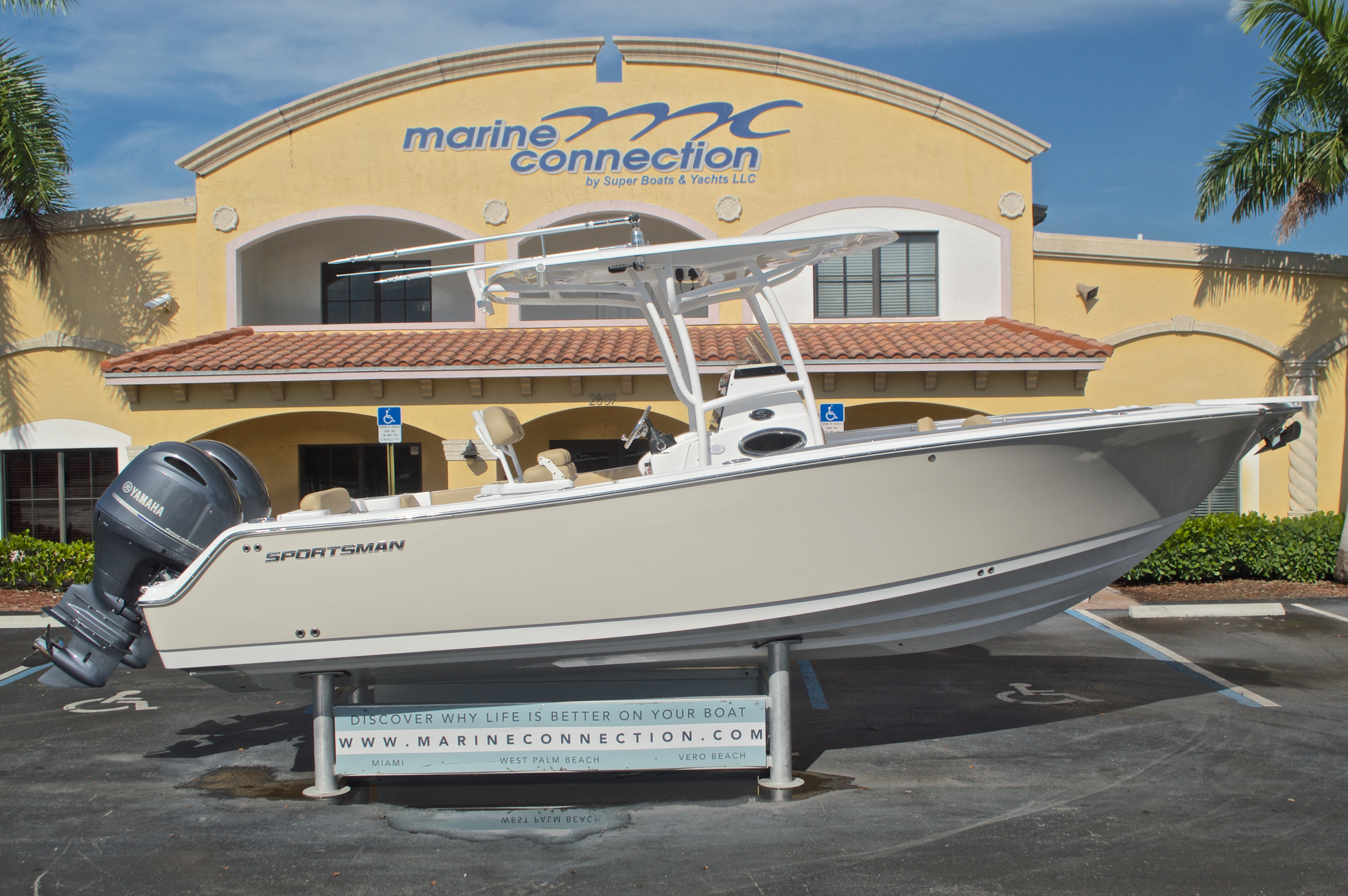 Thumbnail 0 for New 2017 Sportsman Open 252 Center Console boat for sale in Vero Beach, FL