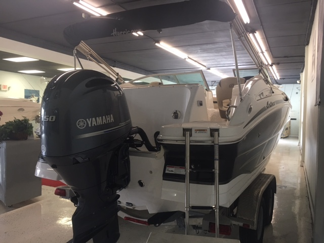 Thumbnail 1 for New 2017 Hurricane SunDeck SD 2200 DC OB boat for sale in Miami, FL