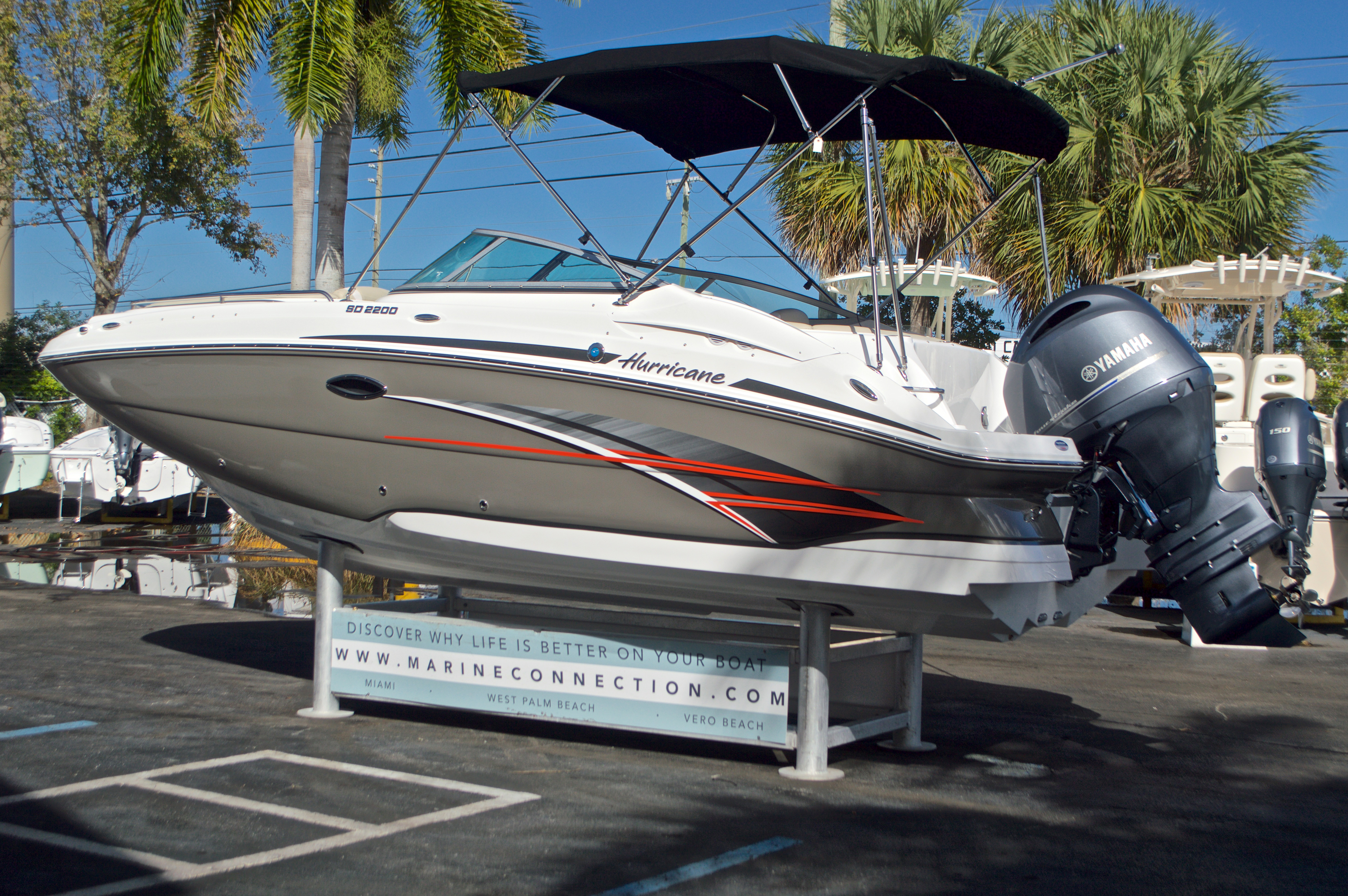 Thumbnail 5 for New 2017 Hurricane SunDeck SD 2200 OB boat for sale in West Palm Beach, FL