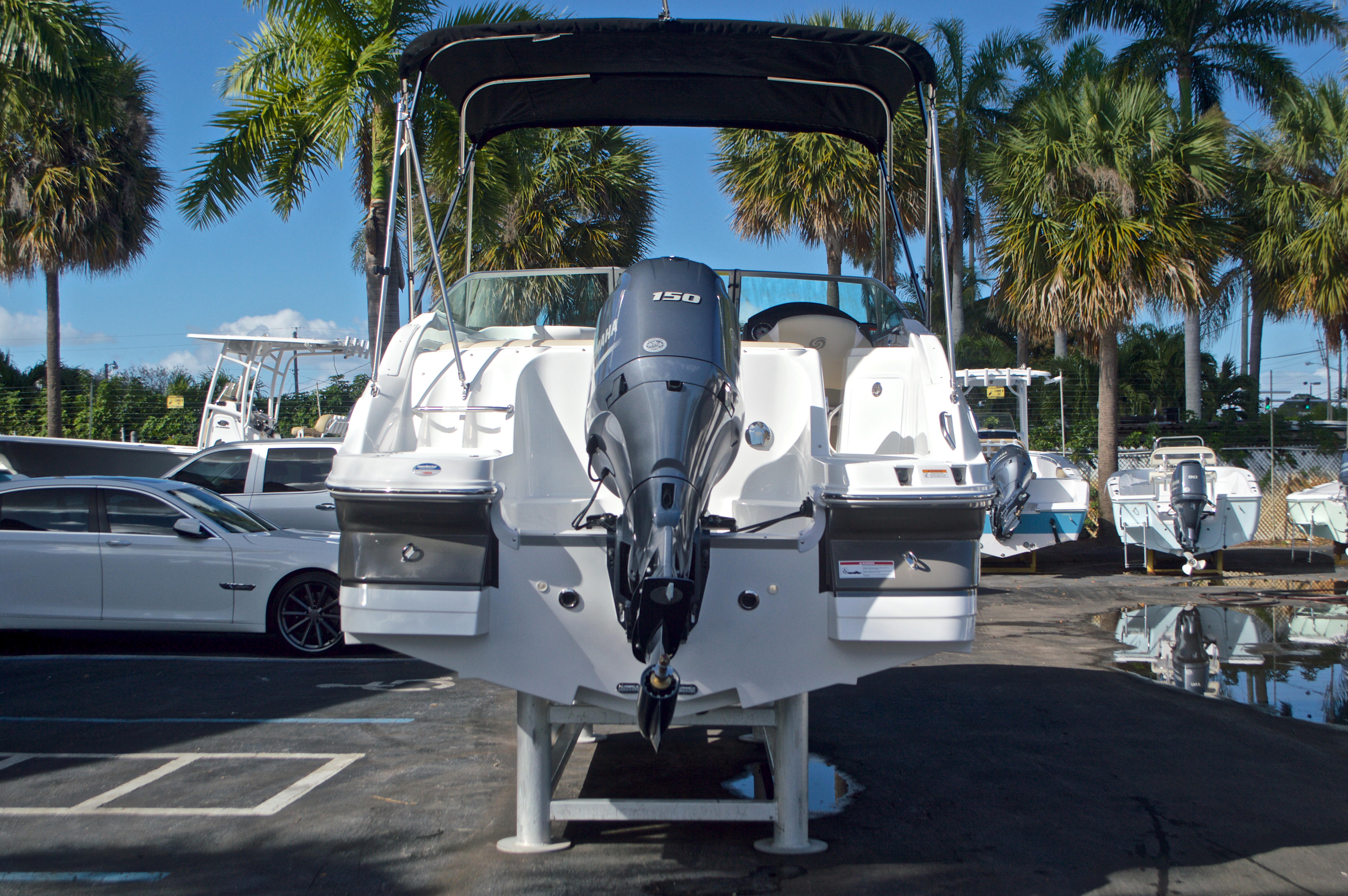 Thumbnail 7 for New 2017 Hurricane SunDeck SD 2200 OB boat for sale in West Palm Beach, FL