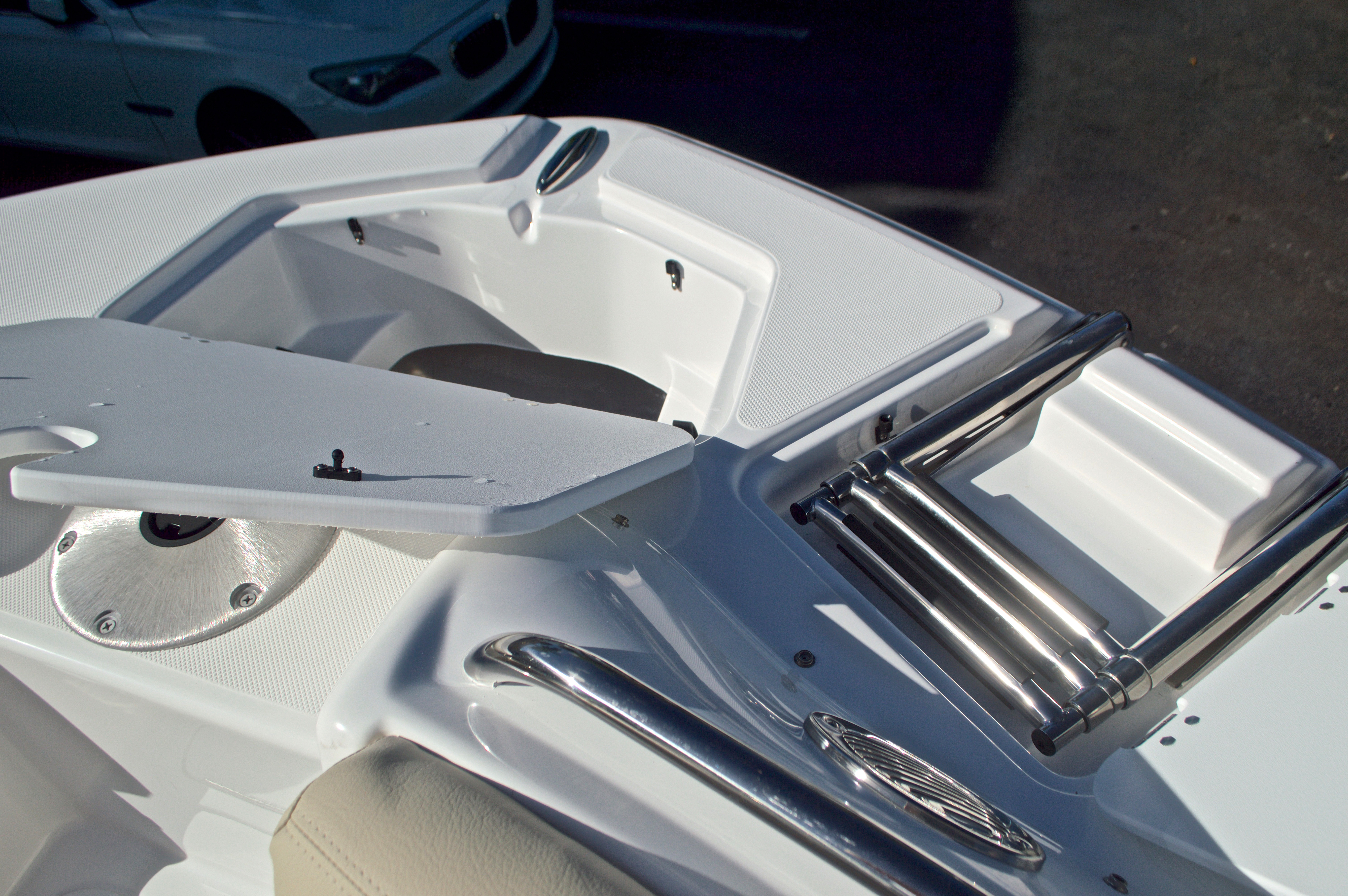 Thumbnail 53 for New 2017 Hurricane SunDeck SD 2200 OB boat for sale in West Palm Beach, FL