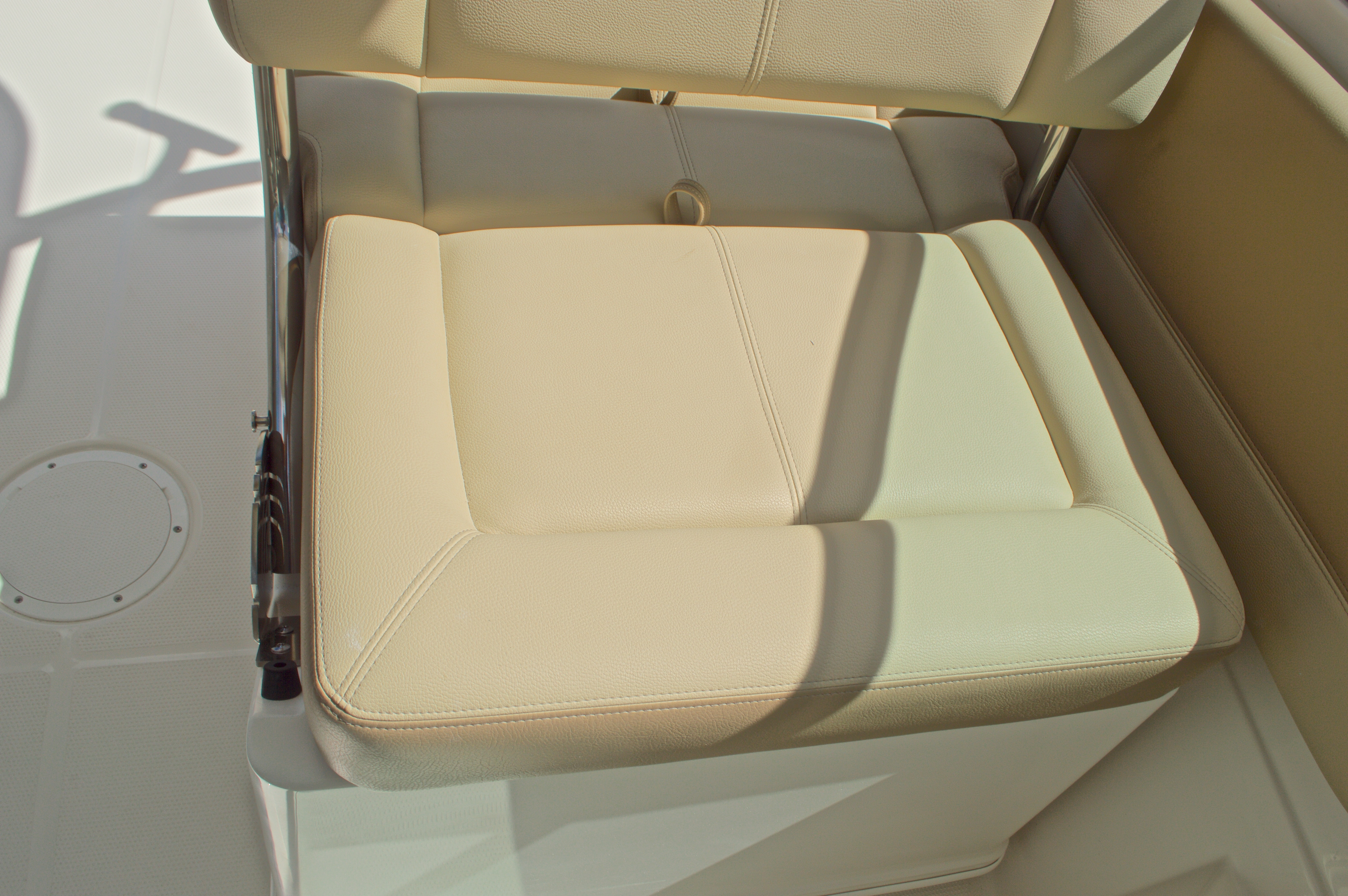 Thumbnail 36 for New 2017 Sailfish 275 Dual Console boat for sale in Vero Beach, FL