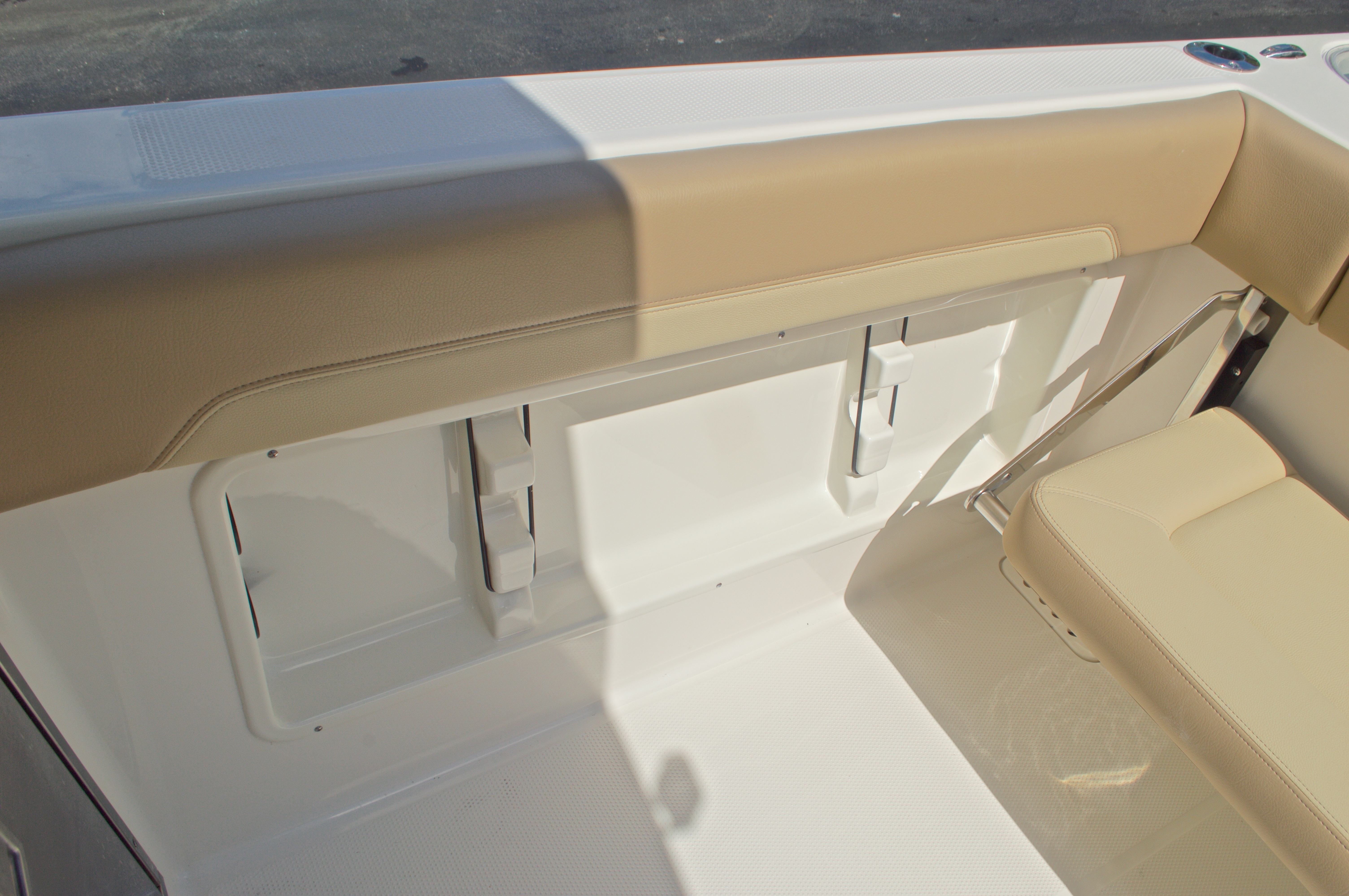 Thumbnail 17 for New 2017 Sailfish 275 Dual Console boat for sale in Vero Beach, FL