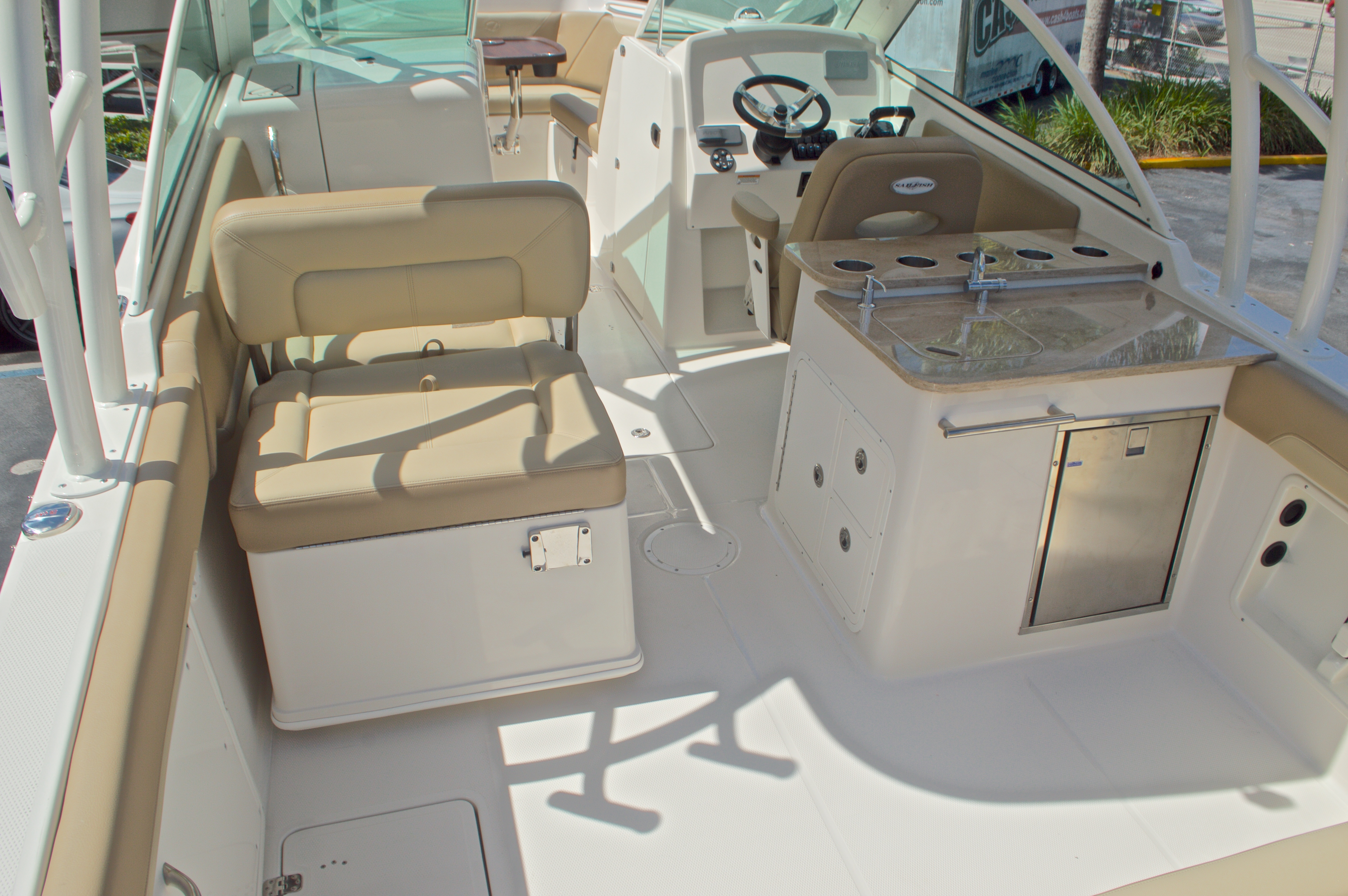 Thumbnail 11 for New 2017 Sailfish 275 Dual Console boat for sale in Vero Beach, FL