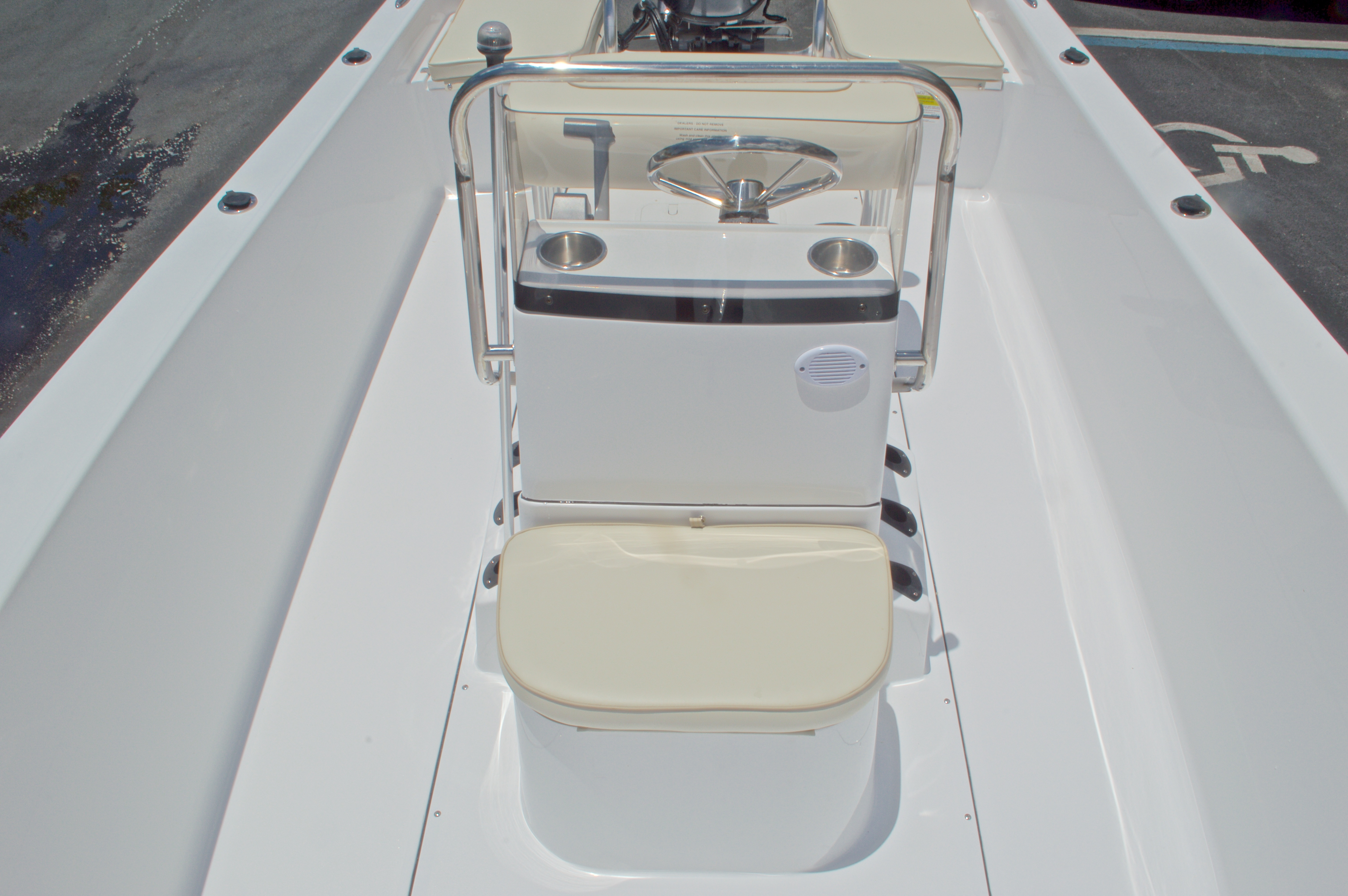 Thumbnail 27 for New 2017 Sportsman 19 Island Reef boat for sale in West Palm Beach, FL