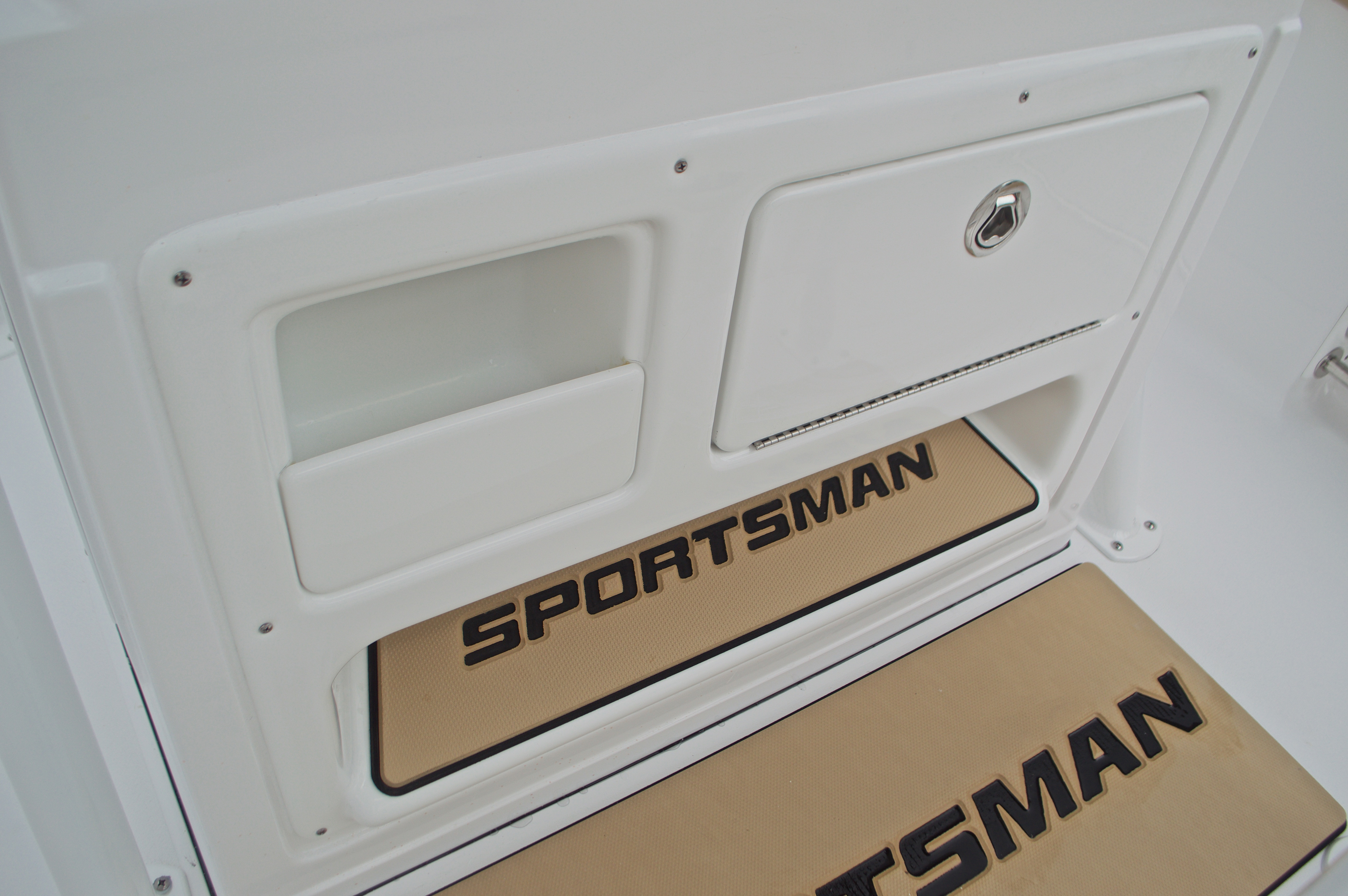 Thumbnail 40 for New 2017 Sportsman Open 212 Center Console boat for sale in Miami, FL