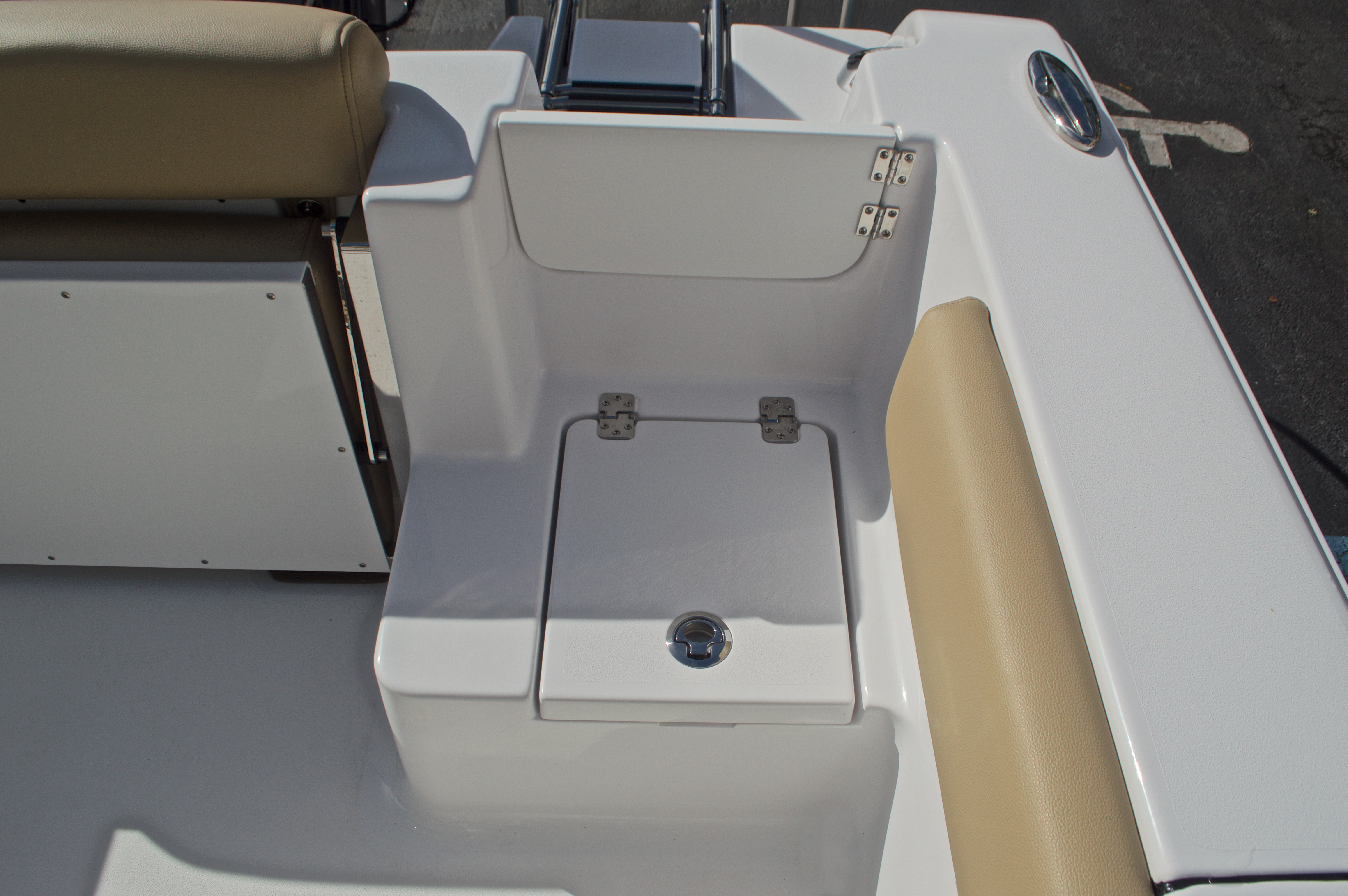 Thumbnail 20 for New 2017 Sportsman Open 212 Center Console boat for sale in West Palm Beach, FL