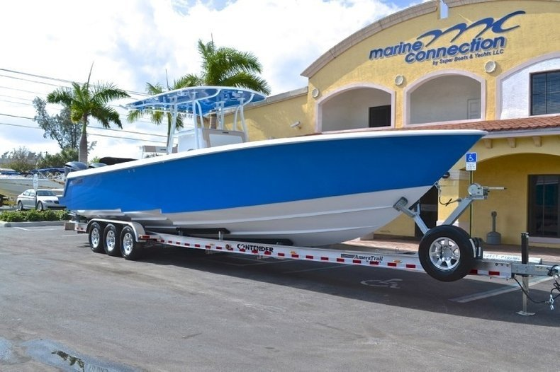 Image 1 for 2013 Contender 39 ST Step Hull in West Palm Beach, FL