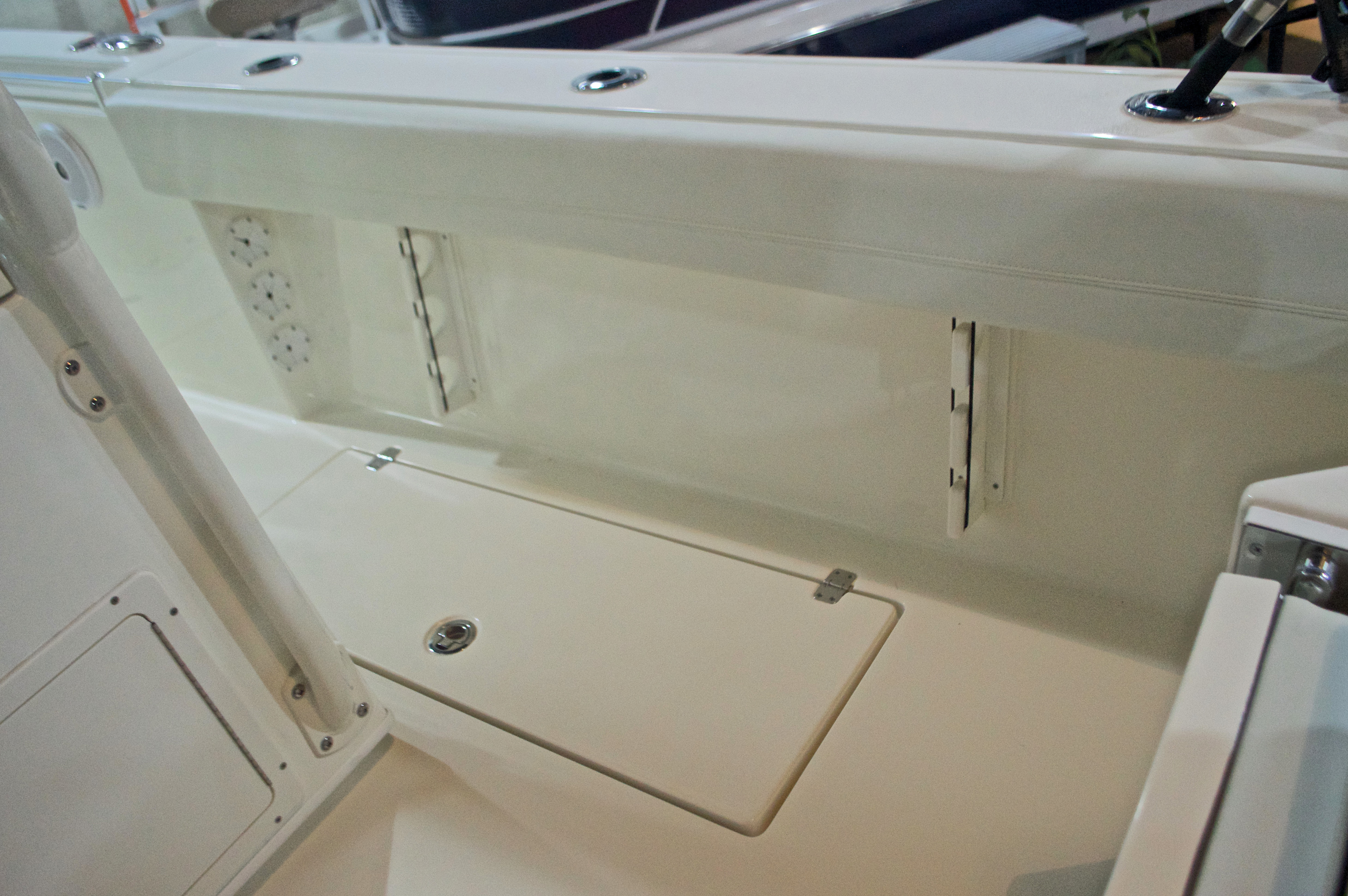 Thumbnail 9 for New 2017 Cobia 296 Center Console boat for sale in West Palm Beach, FL