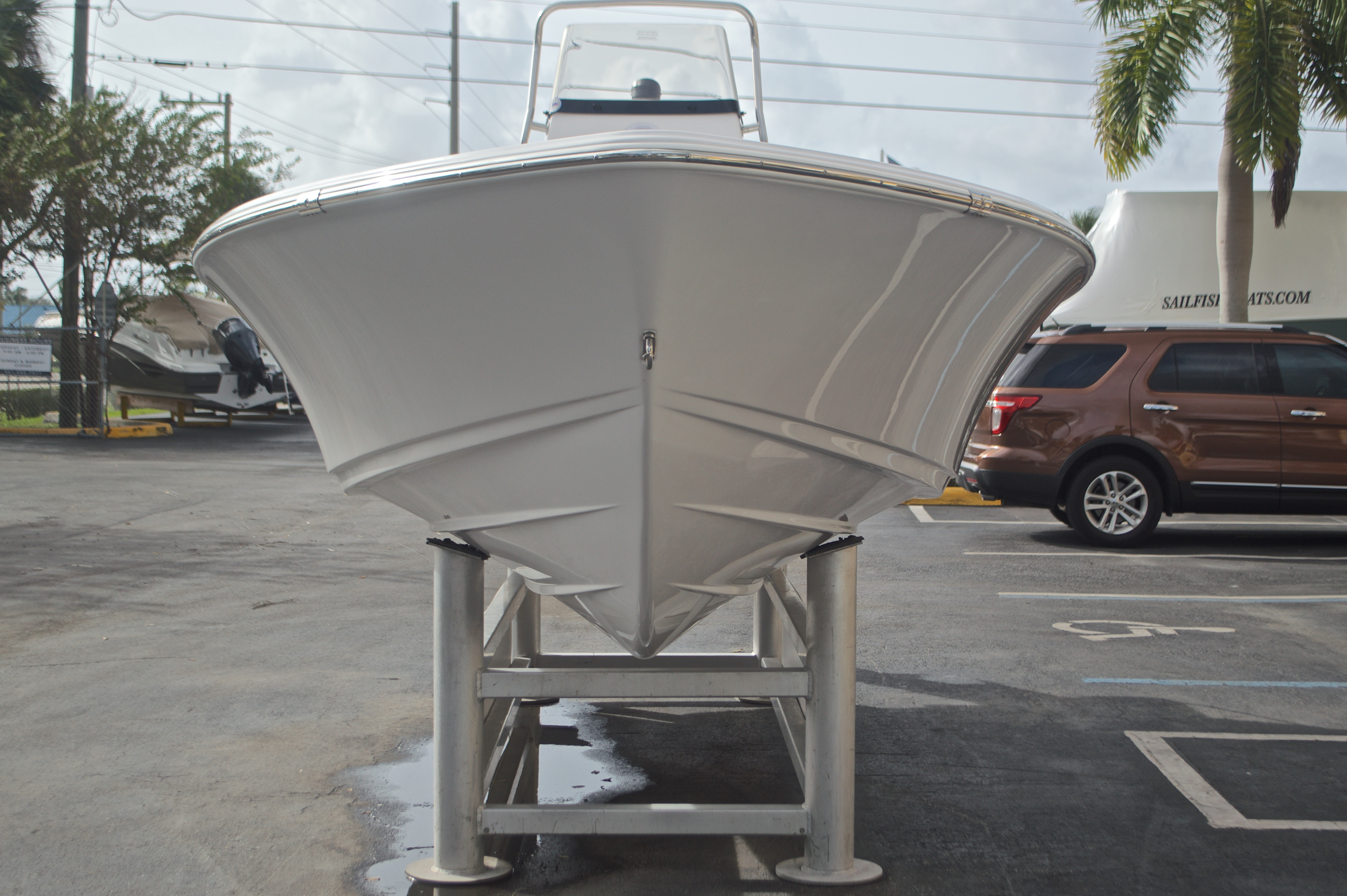 Thumbnail 2 for New 2017 Sportsman Masters 207 Bay Boat boat for sale in Vero Beach, FL