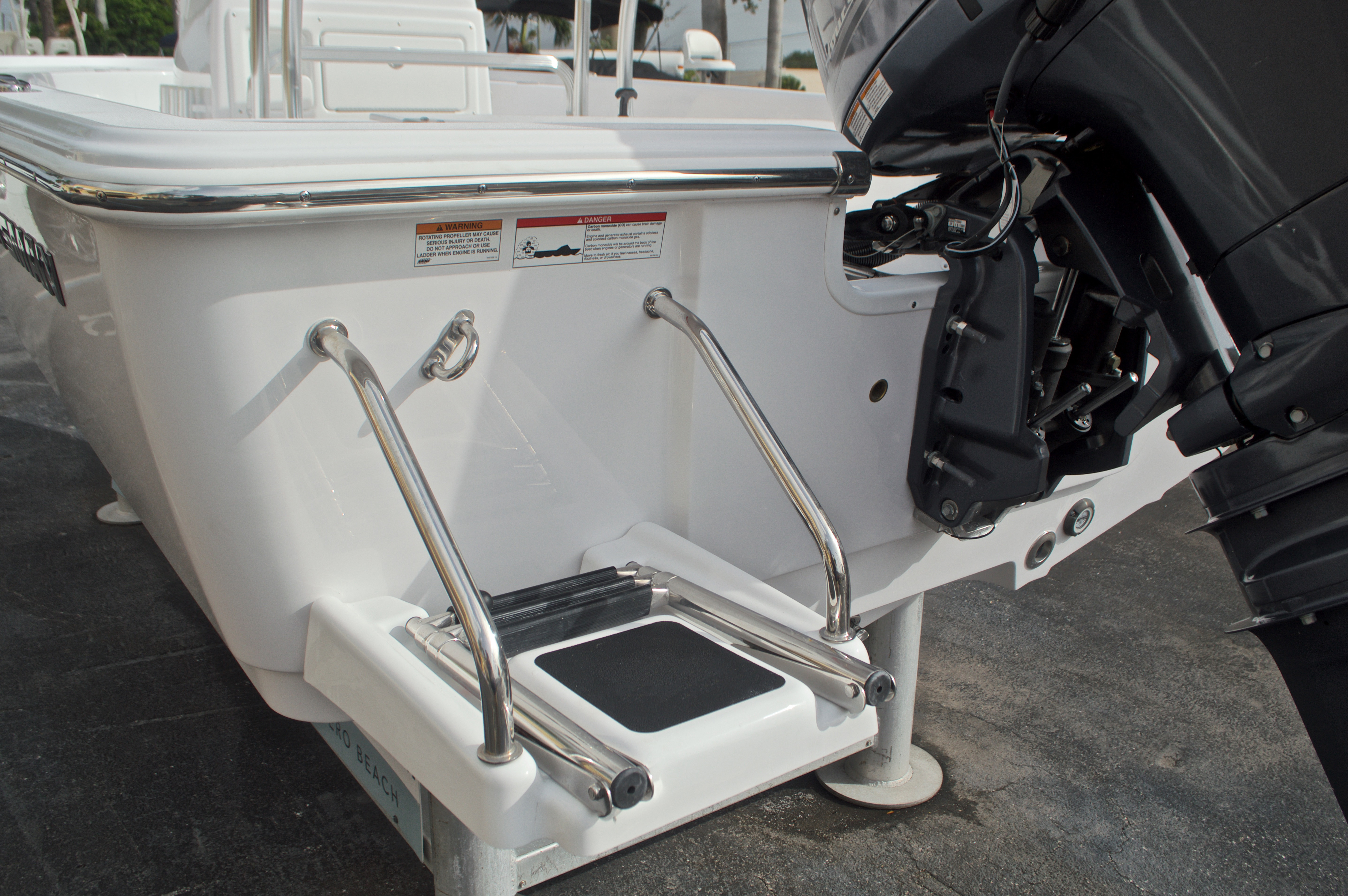 Thumbnail 13 for New 2017 Sportsman Masters 207 Bay Boat boat for sale in Vero Beach, FL