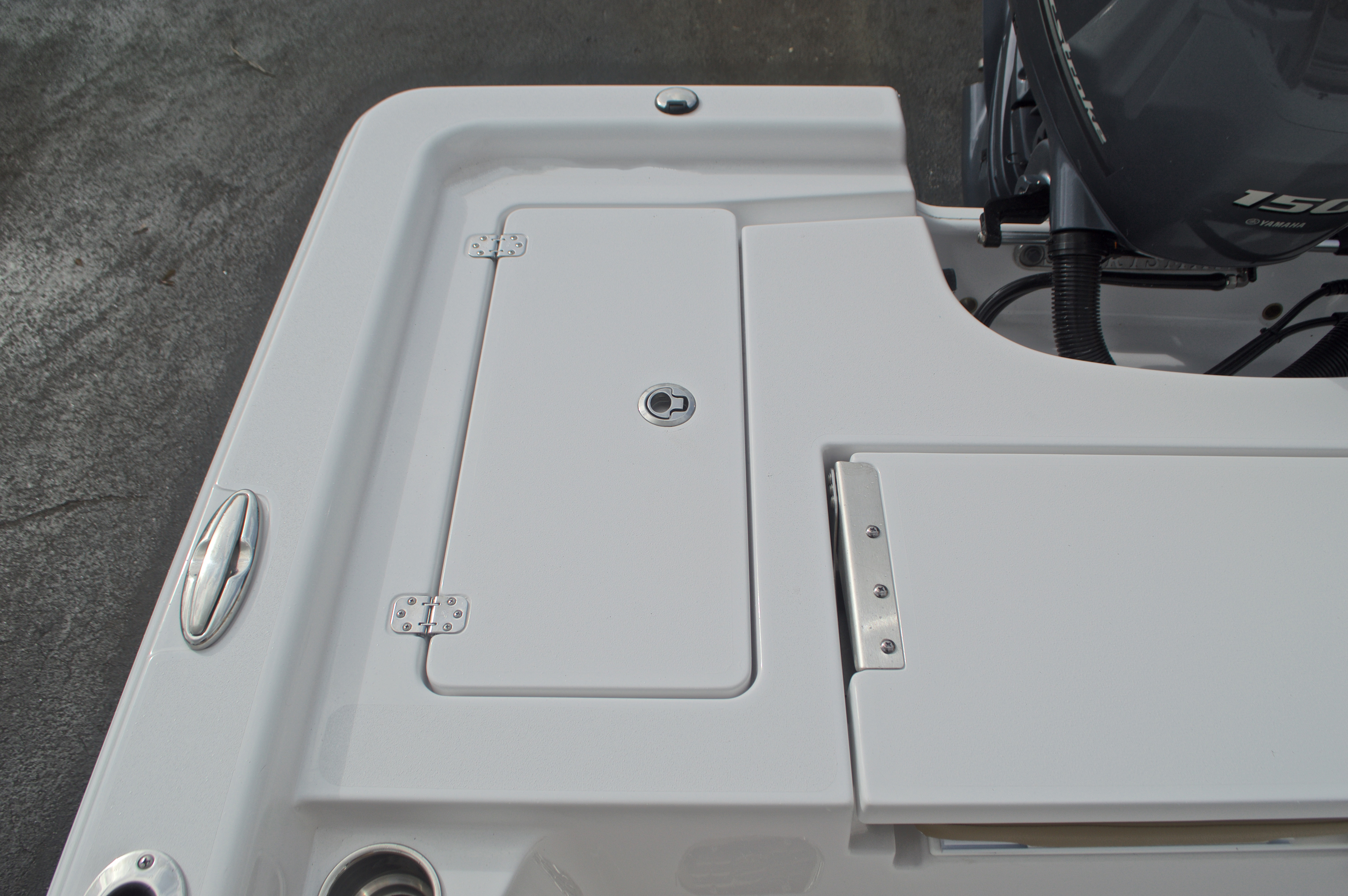 Thumbnail 16 for New 2017 Sportsman Masters 207 Bay Boat boat for sale in Vero Beach, FL